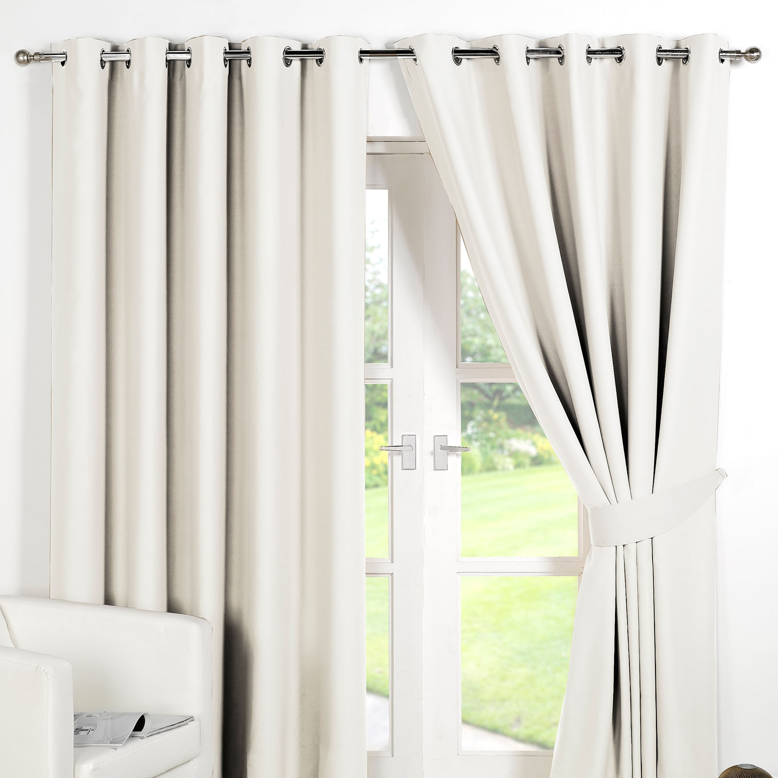 Ring Top Fully Lined Pair Eyelet Ready Made Curtains Luxury Within Lined Thermal Curtains (Image 11 of 15)