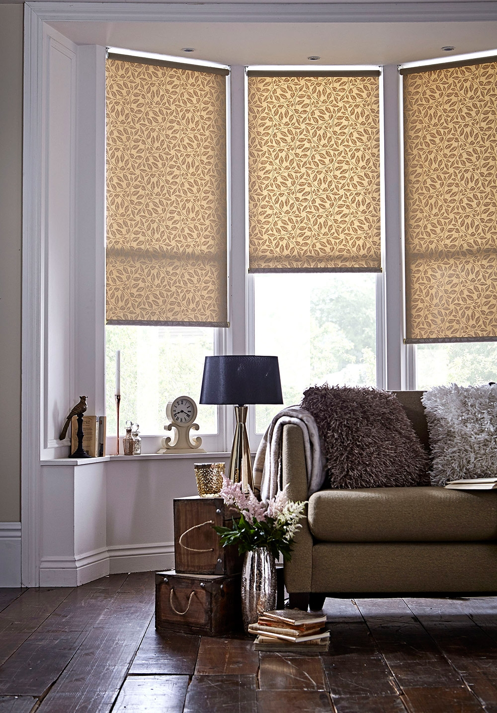 Roller Blinds Apollo Blinds Venetian Vertical Roman Roller In Gold Roman Blinds (Image 10 of 15)