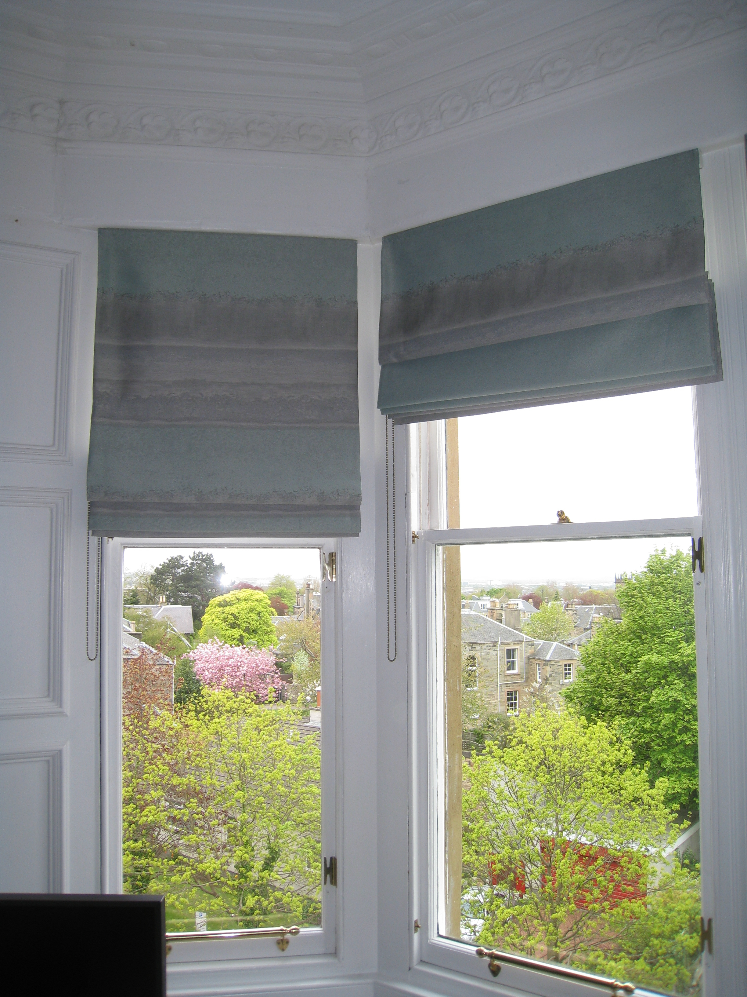 Roman Blinds For Bay Windows Ines Interiors Inside Roman Blinds On Bay Windows (Image 12 of 15)