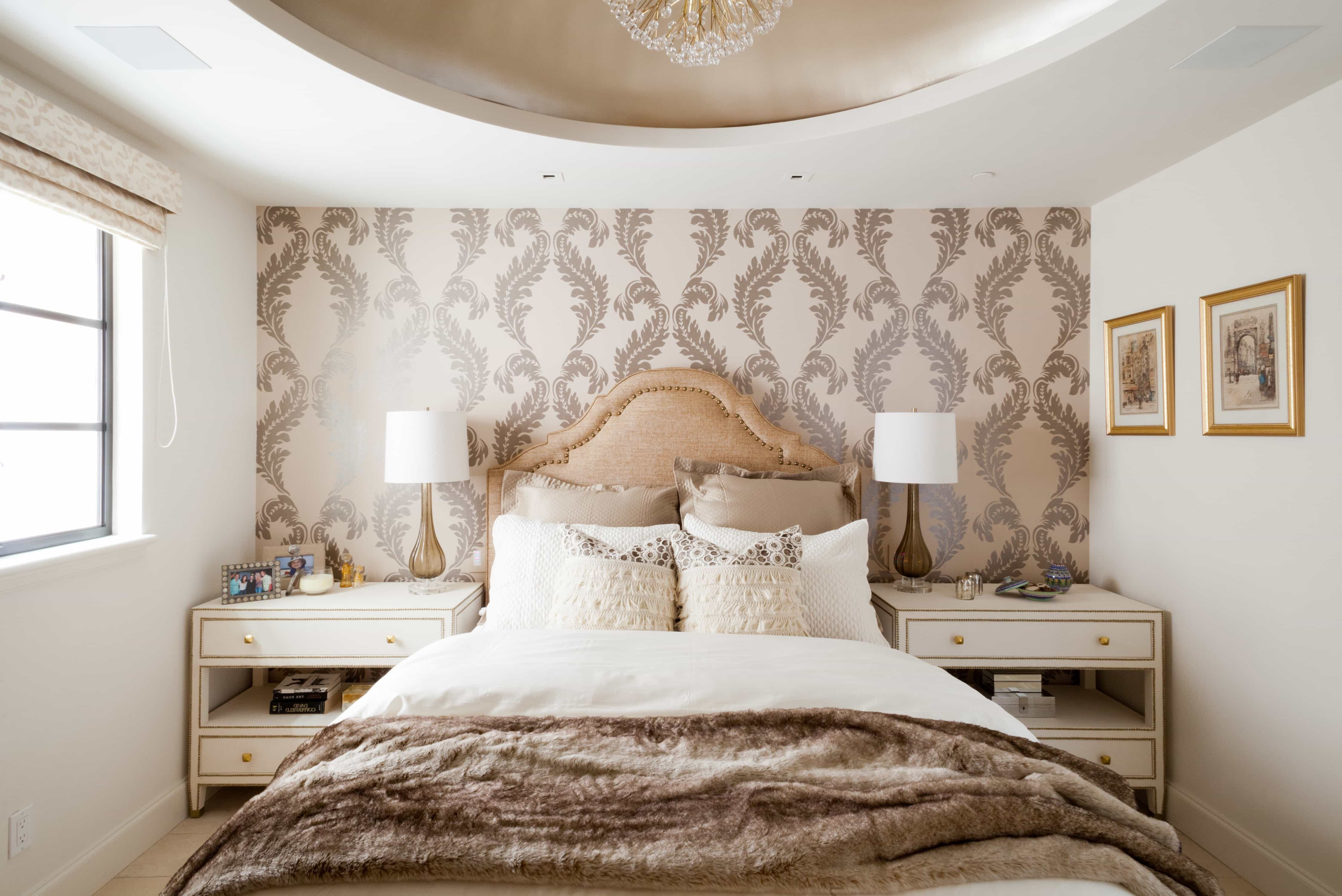 Romantic Shabby Chic Bedroom Elegant Decor (Image 9 of 20)