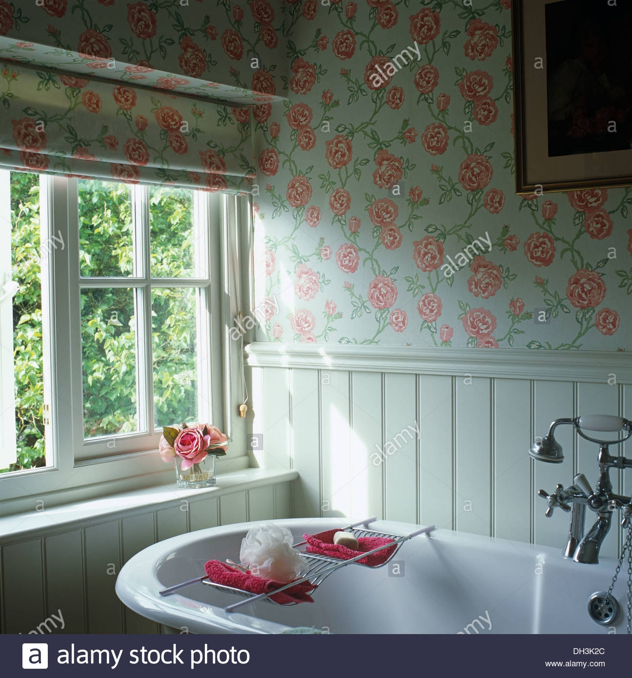 Rose Patterned Roman Blind And Wallpaper In Cottage Bathroom With Within Bathroom Roman Blinds (Image 15 of 15)