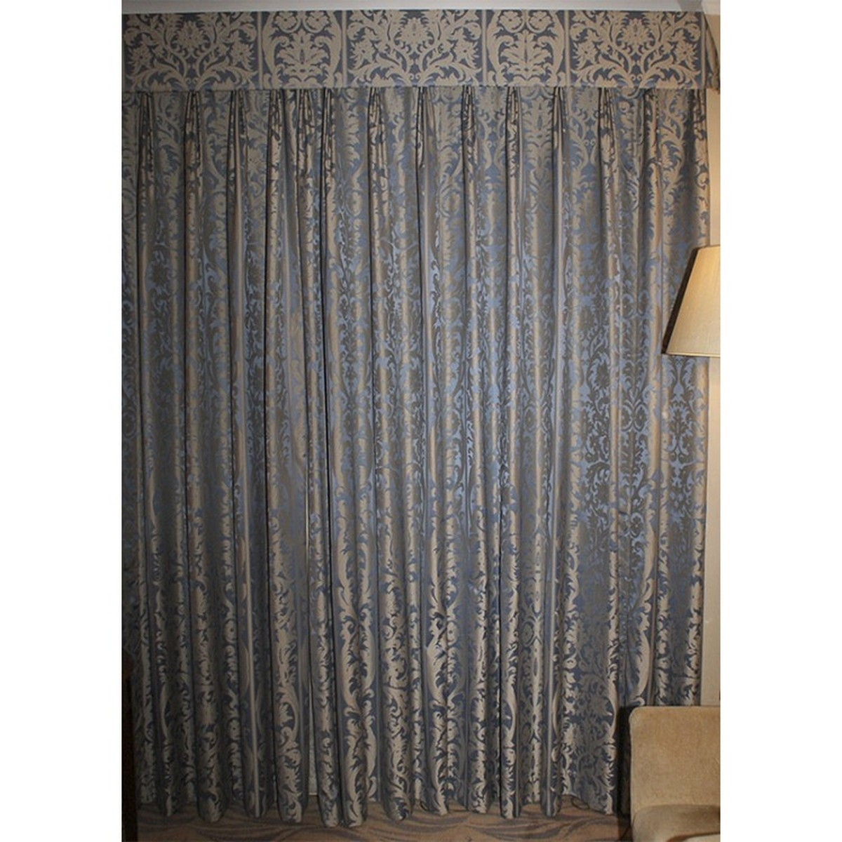 Secondhand Hotel Furniture Decorative And Dressing Ex 5 Star Throughout Long Drop Curtains (Image 15 of 15)
