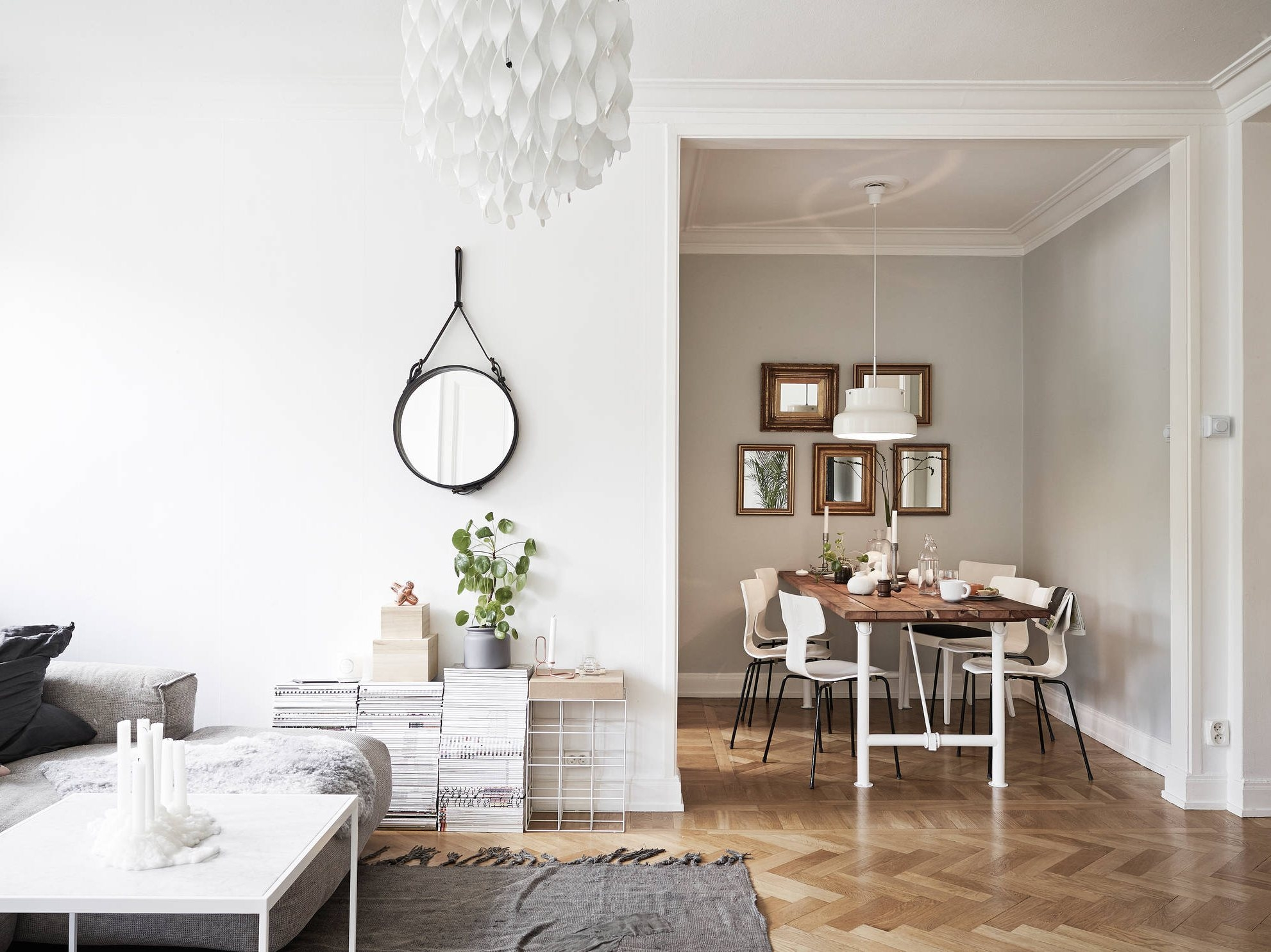 Set Of 12 Armless Dining Chairs Unique Hang Rustic Chandelier With Regard To Scandinavian Chandeliers (Image 15 of 15)