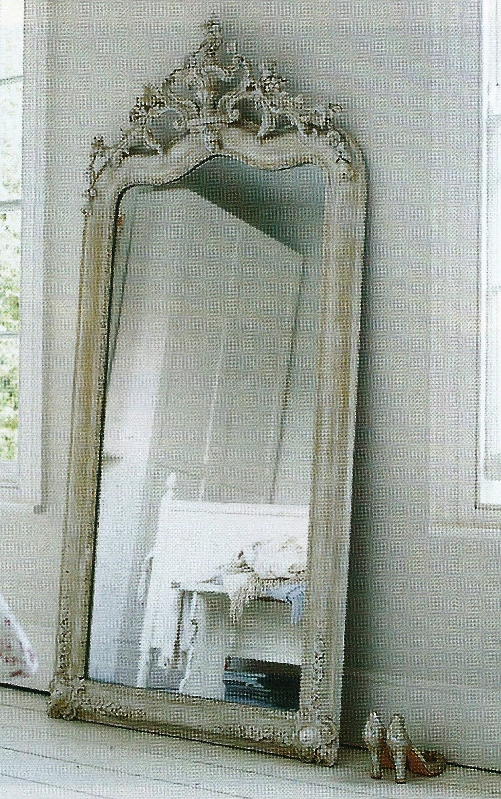 Shab Chic Look French Provencal Leaning Mirror Vintage For Big Shabby Chic Mirrors (Image 13 of 15)