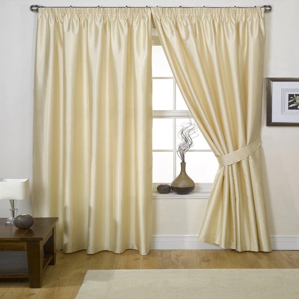 Silk Curtains In Dubai Across Uae Call 0566 00 9626 Inside Silky Curtains (Image 12 of 15)