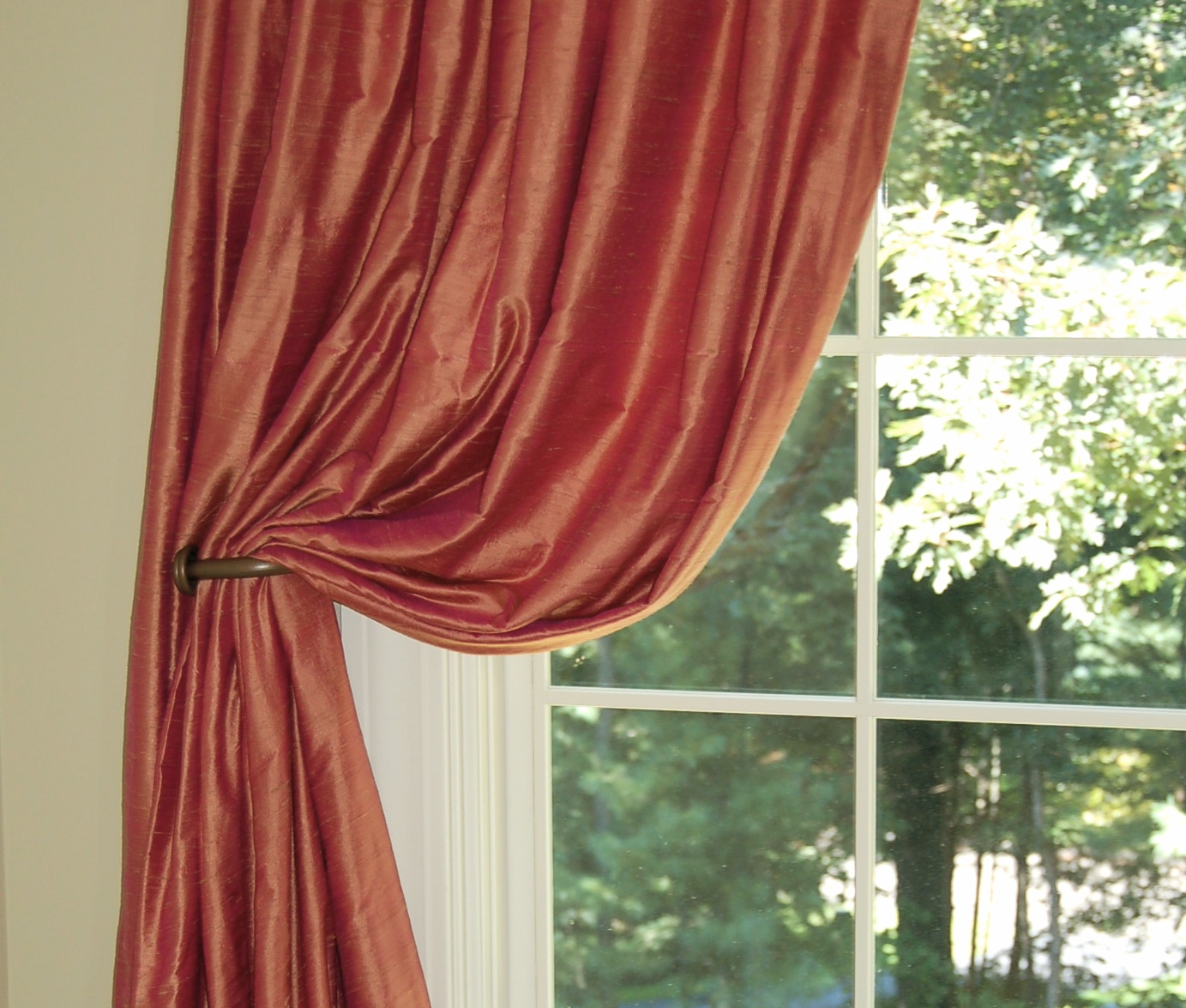 Featured Image of Silky Curtains