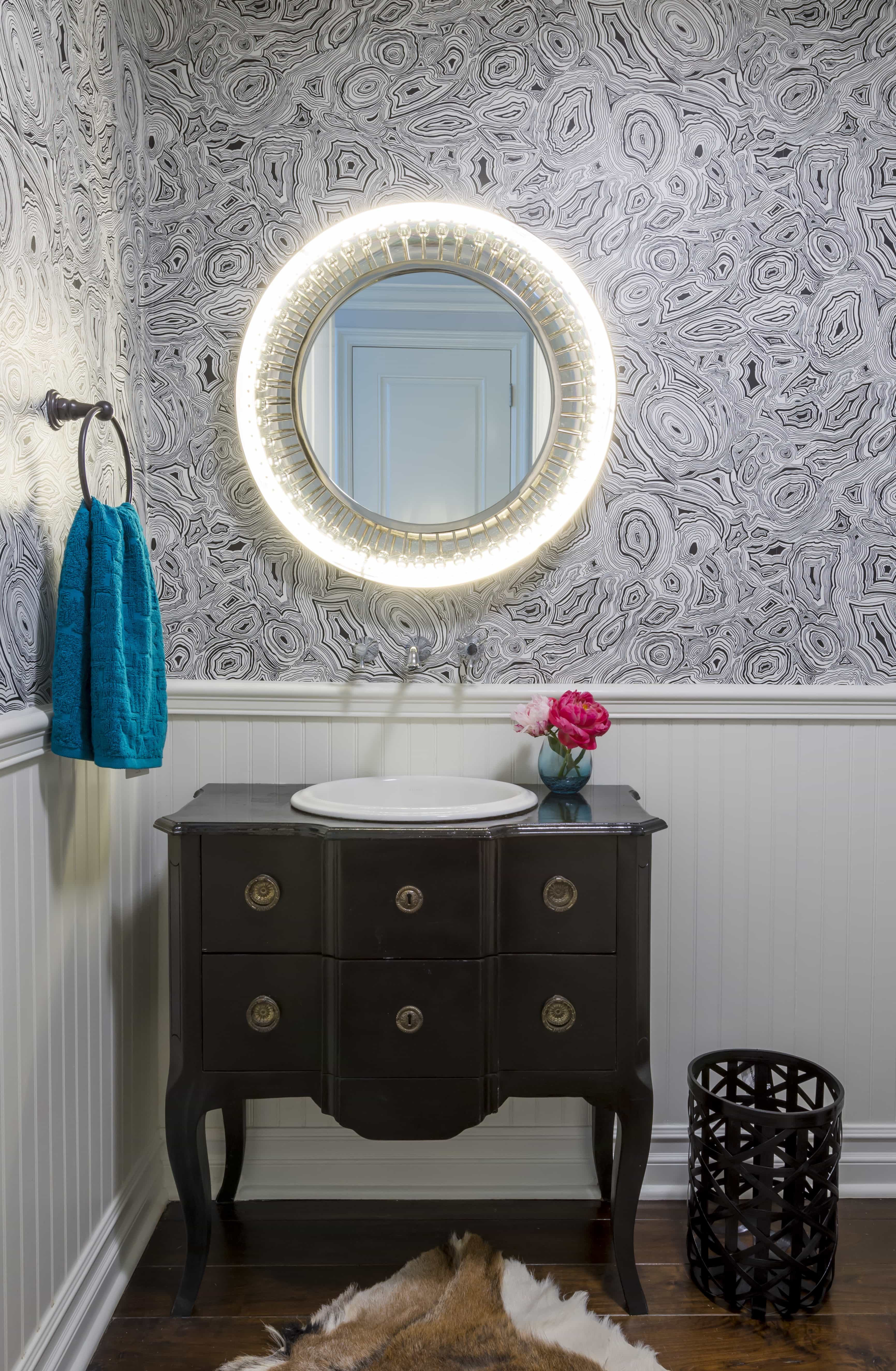 Small Rounded Illuminated Vanity Mirror And Wall Mounted Faucet (Image 8 of 8)