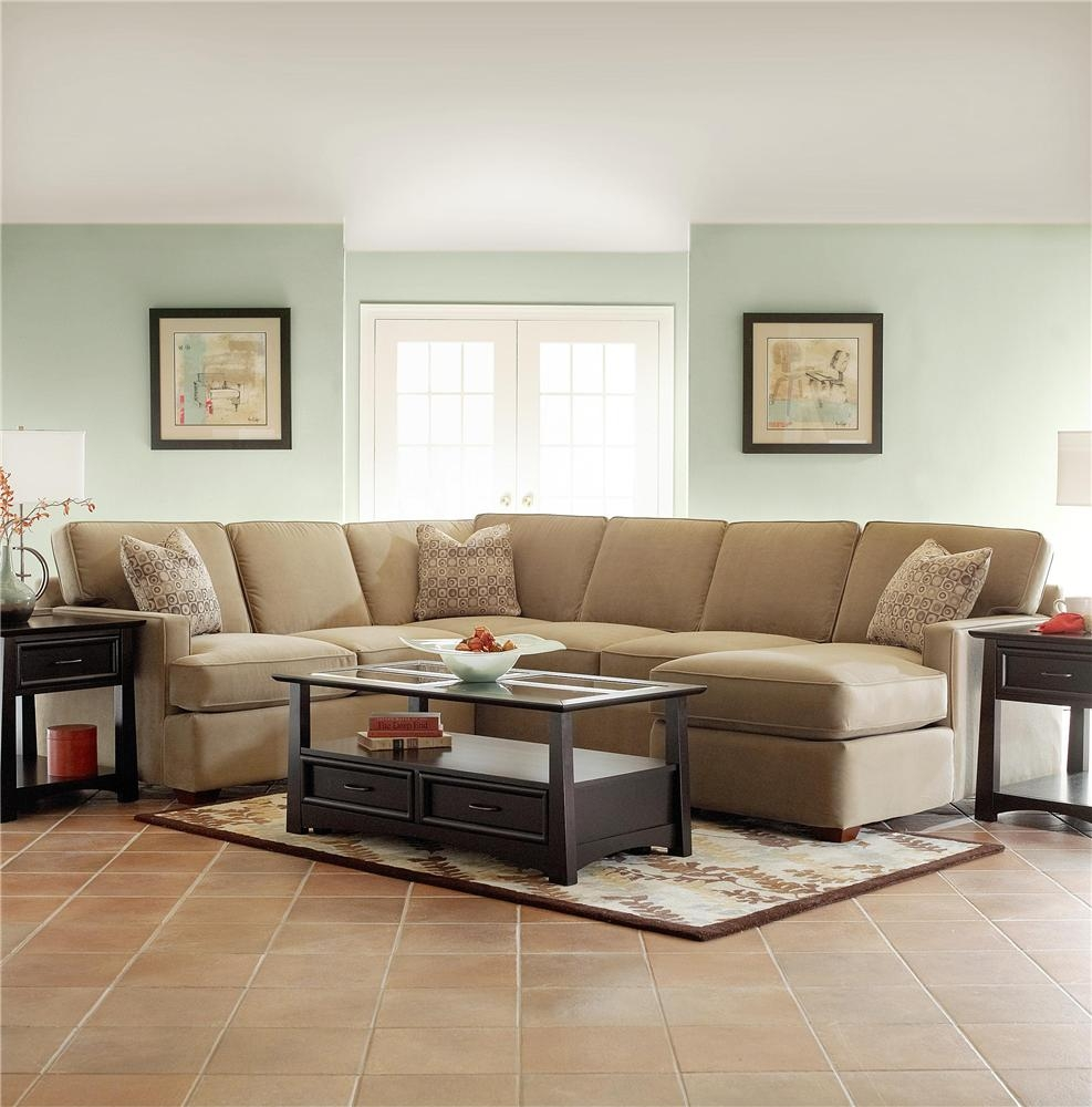 Small Sectional Sofa With Chaise Small Sectional Sofa With Chaise In Cozy Sectional Sofas (Image 15 of 15)