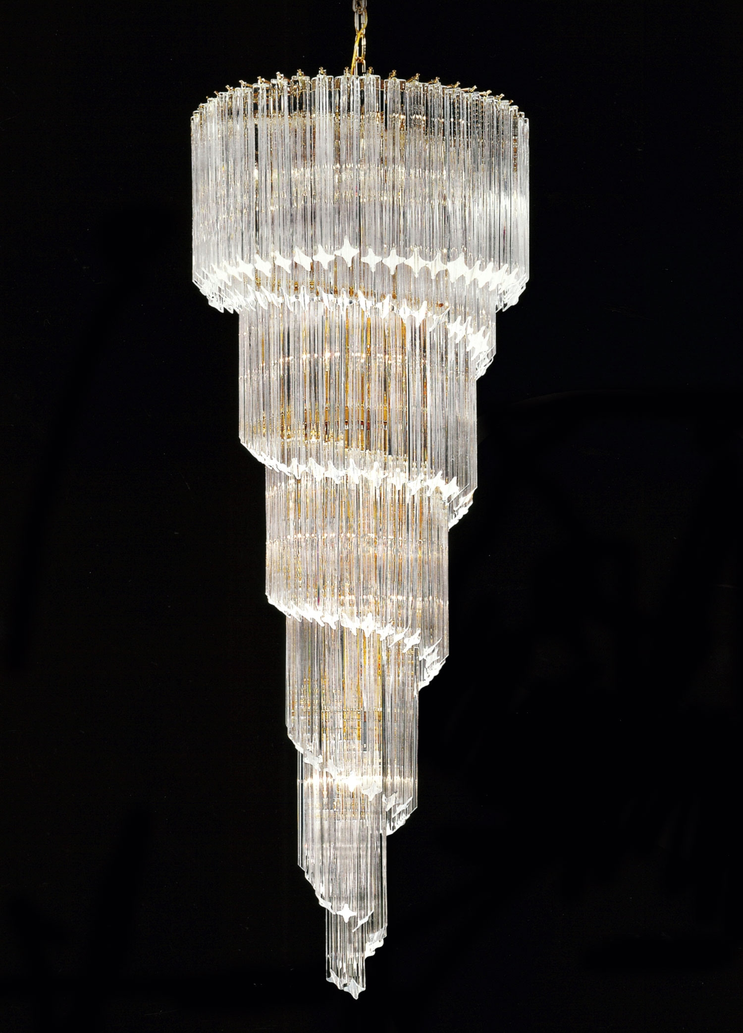 Spirale Stairwell Chandelier With Quadriedro Murano Glass Throughout Stairwell Chandeliers (View 15 of 15)
