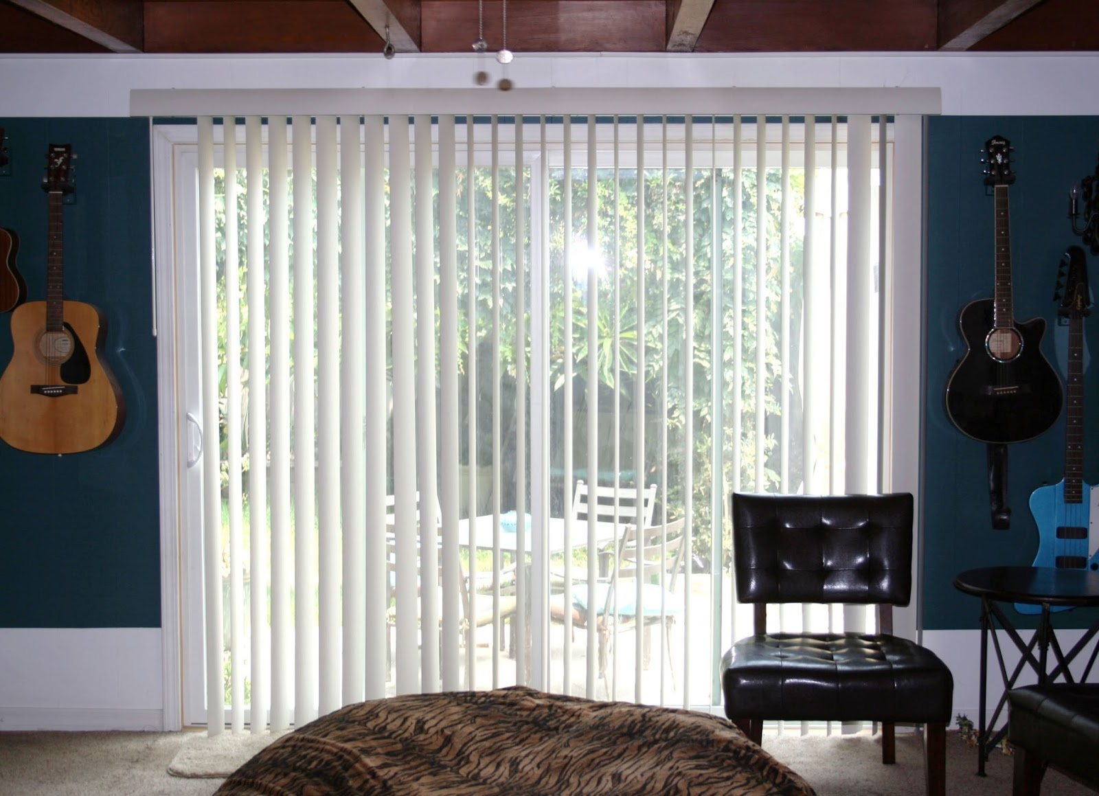 Stunning Vertical Blinds With Curtains Neat Design Vertical Blinds Regarding Luxury Blinds And Curtains (Image 15 of 15)