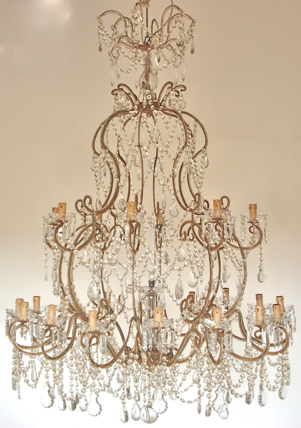 The Italian Chandelier Pertaining To Italian Chandeliers (Image 15 of 15)