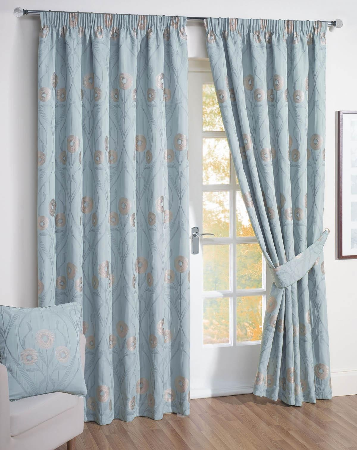 Thick Curtains Affordable Curtains Available Terrys Fabrics Throughout Ready Made Curtains For Large Bay Windows (Image 14 of 15)