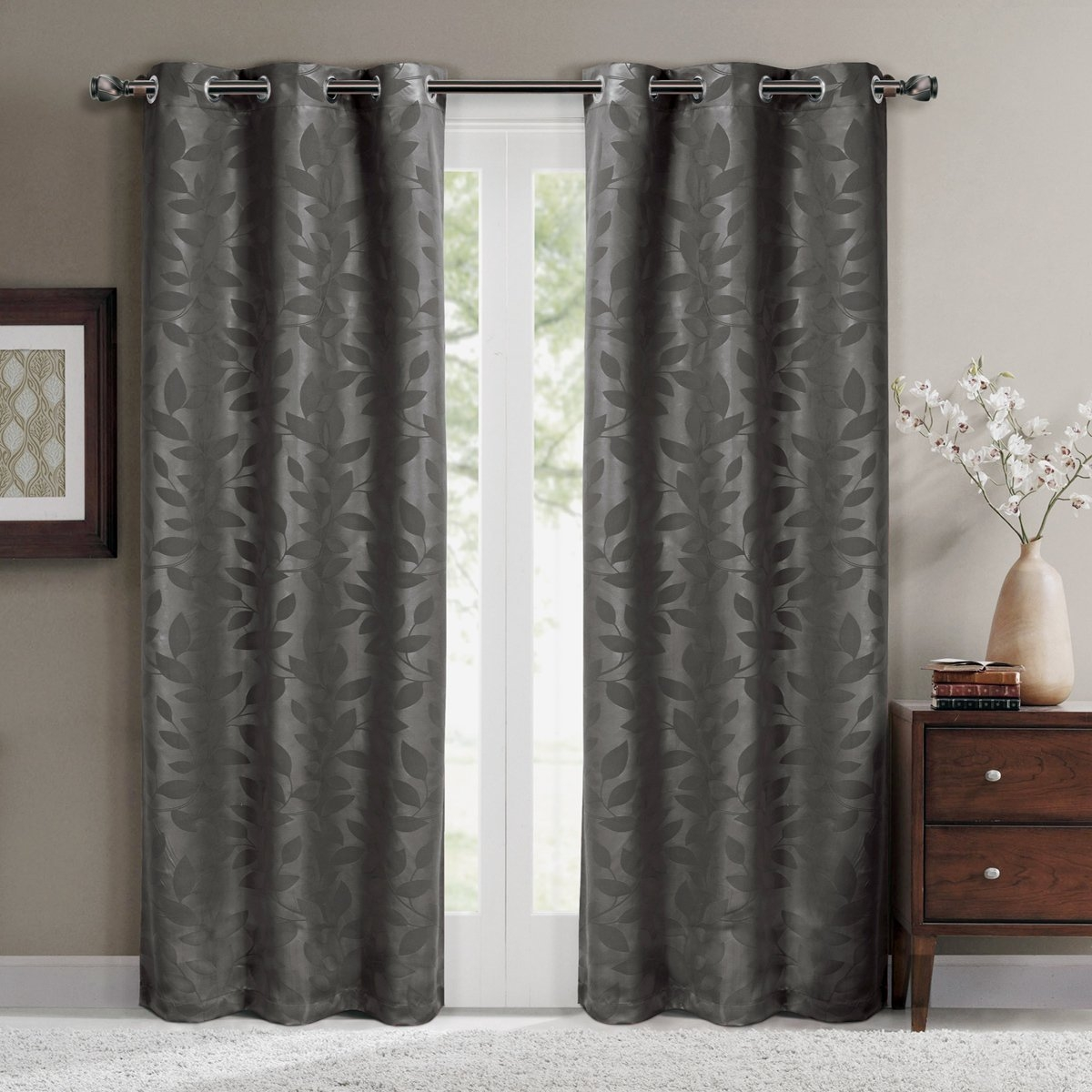 Top 8 Best Blackout Curtains 2017 Best Home Blackout Curtains In Hotel Quality Blackout Curtains (Image 15 of 15)