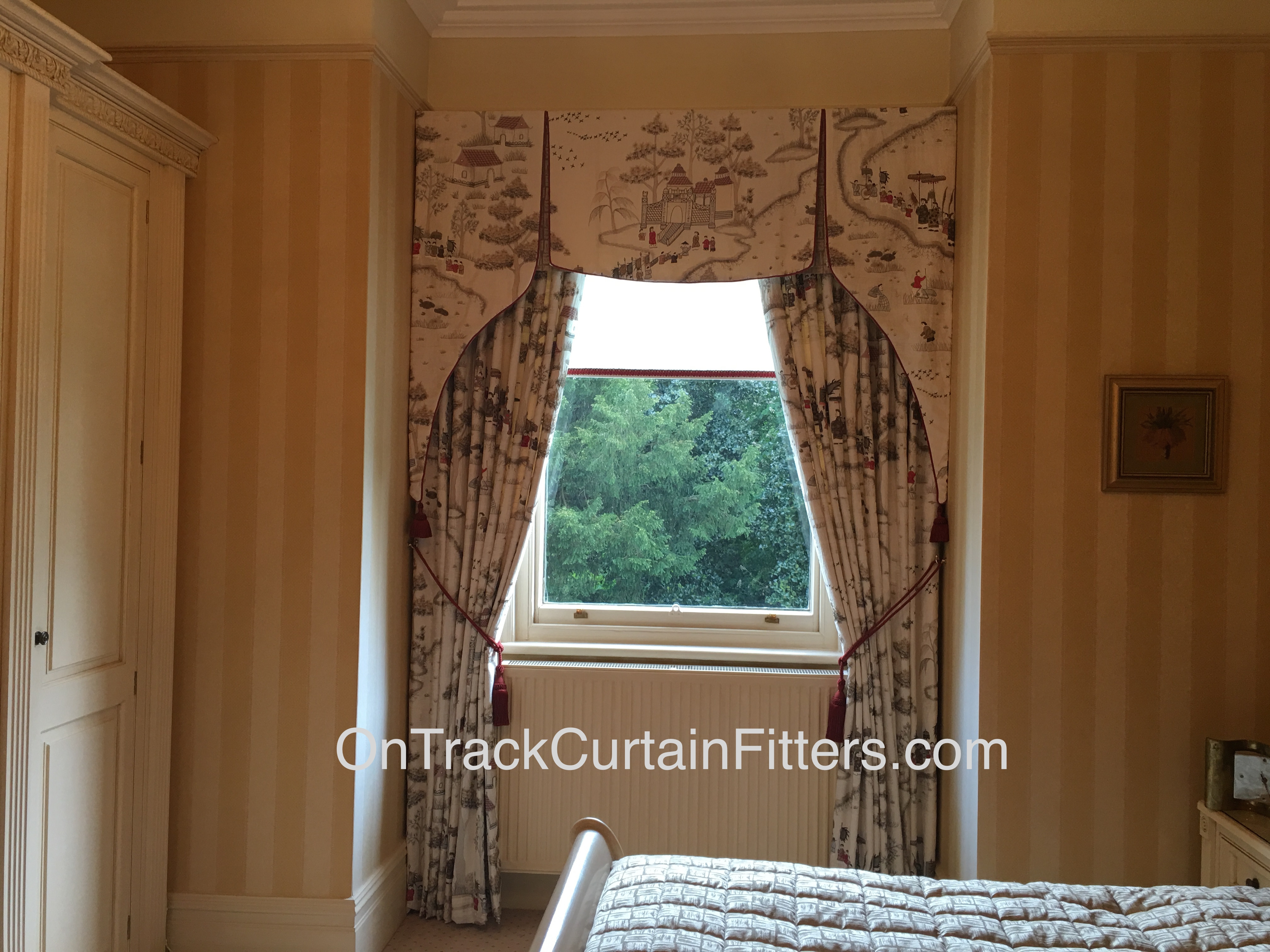 Track And Board Fitted For Curtains And Pelmet With Voile Roller For Fitted Curtains And Blinds (View 13 of 15)