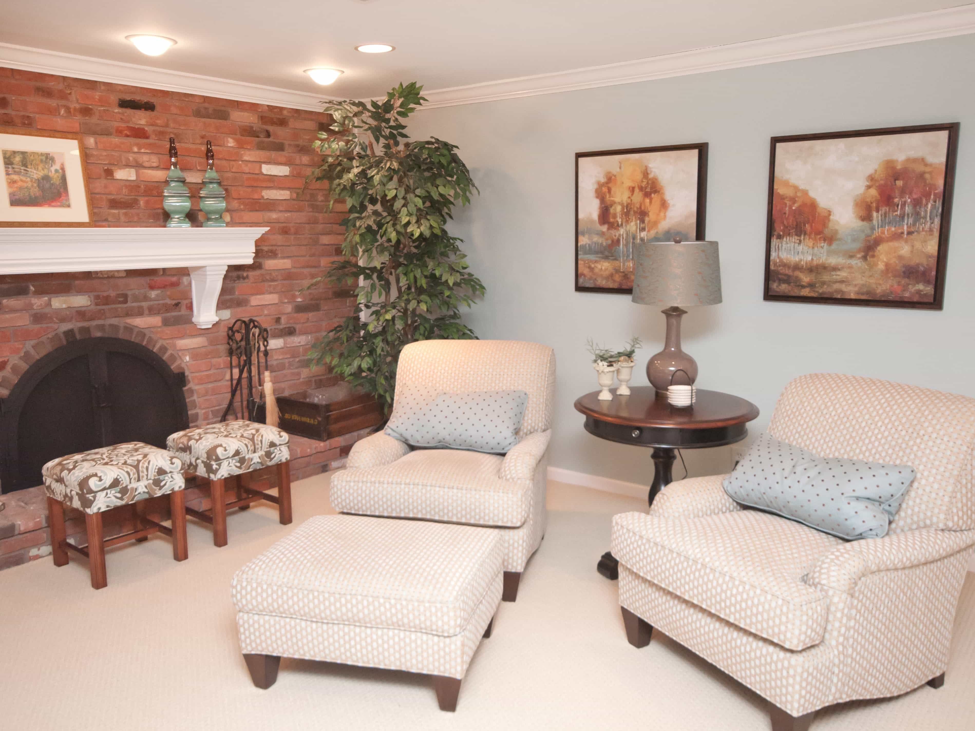 Traditional Living Room With Brick Fireplace (Image 26 of 30)