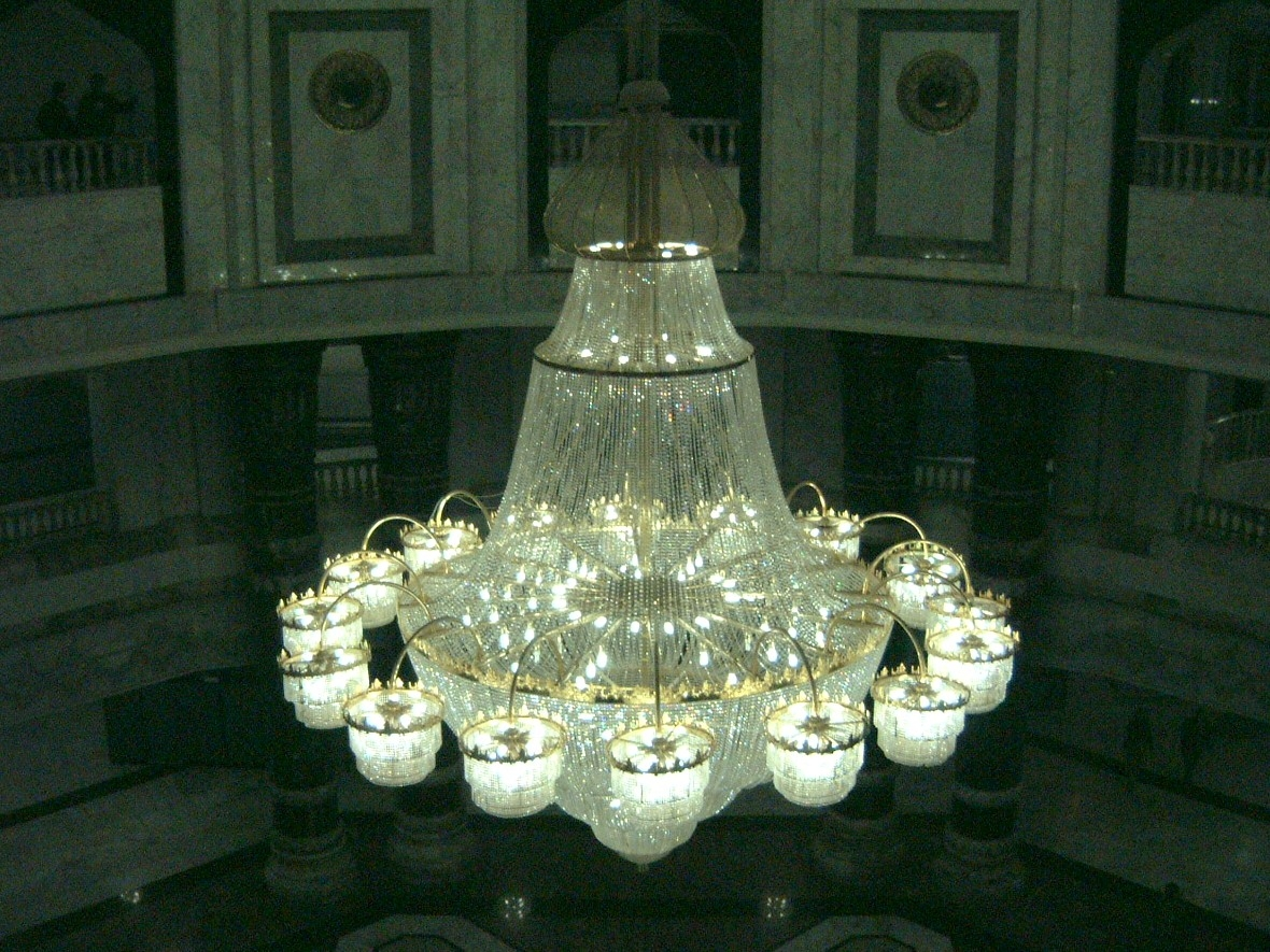 Trip To Baghdad With Regard To Massive Chandelier (Image 13 of 15)
