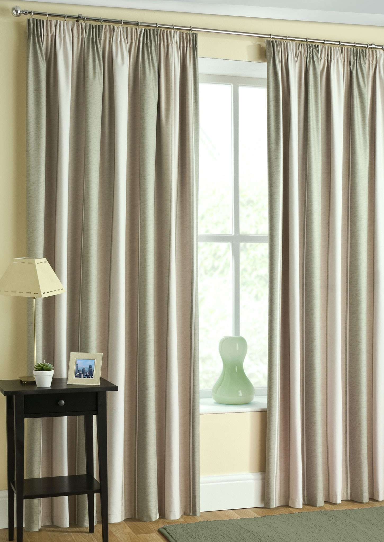 Featured Image of Pencil Pleat Blackout Curtains