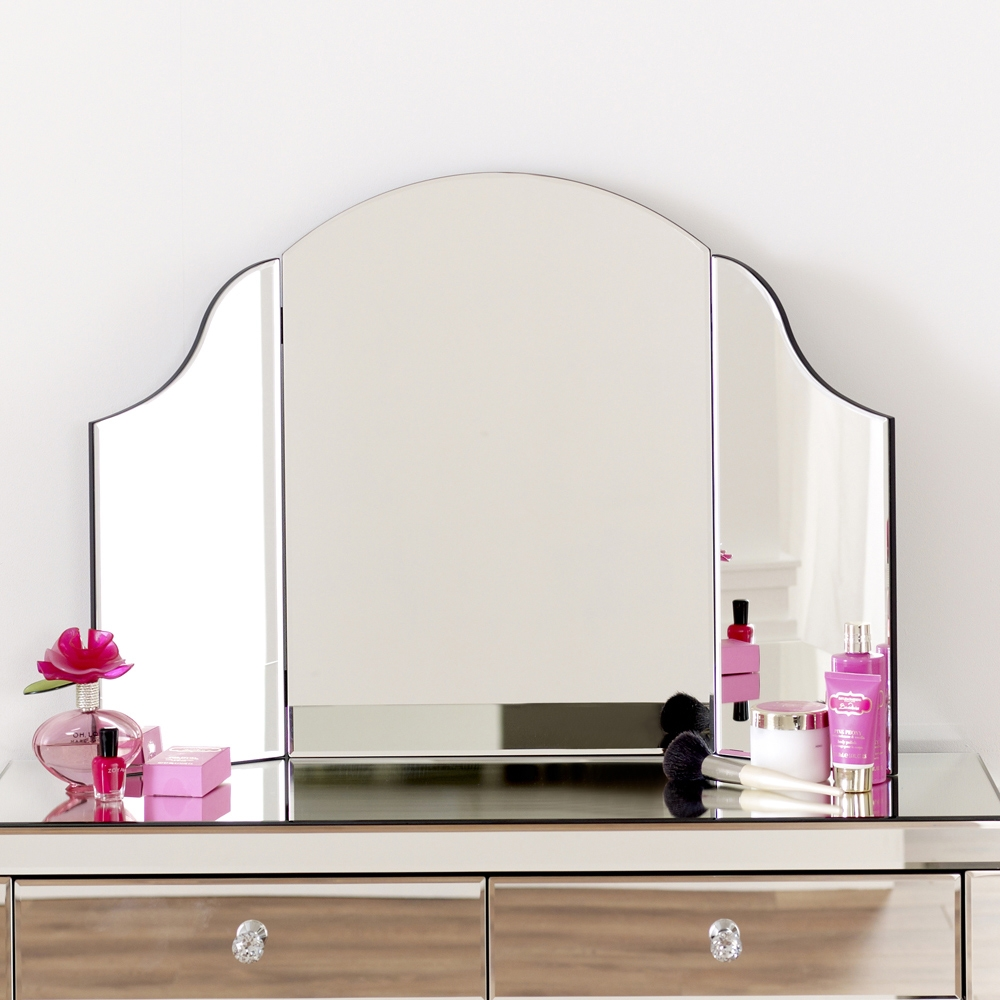 Venetian Curved Dressing Table Mirror Pertaining To Free Standing Dressing Table Mirror (Image 14 of 15)