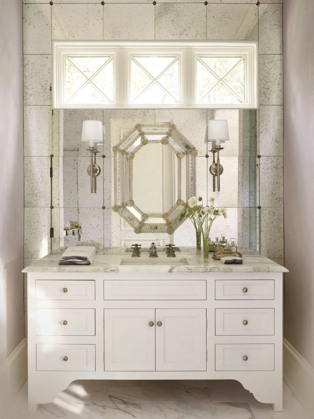 Venetian Mirrors And Todays Venetian Glass Mirrors Inside Venetian Bathroom Mirror (View 2 of 15)