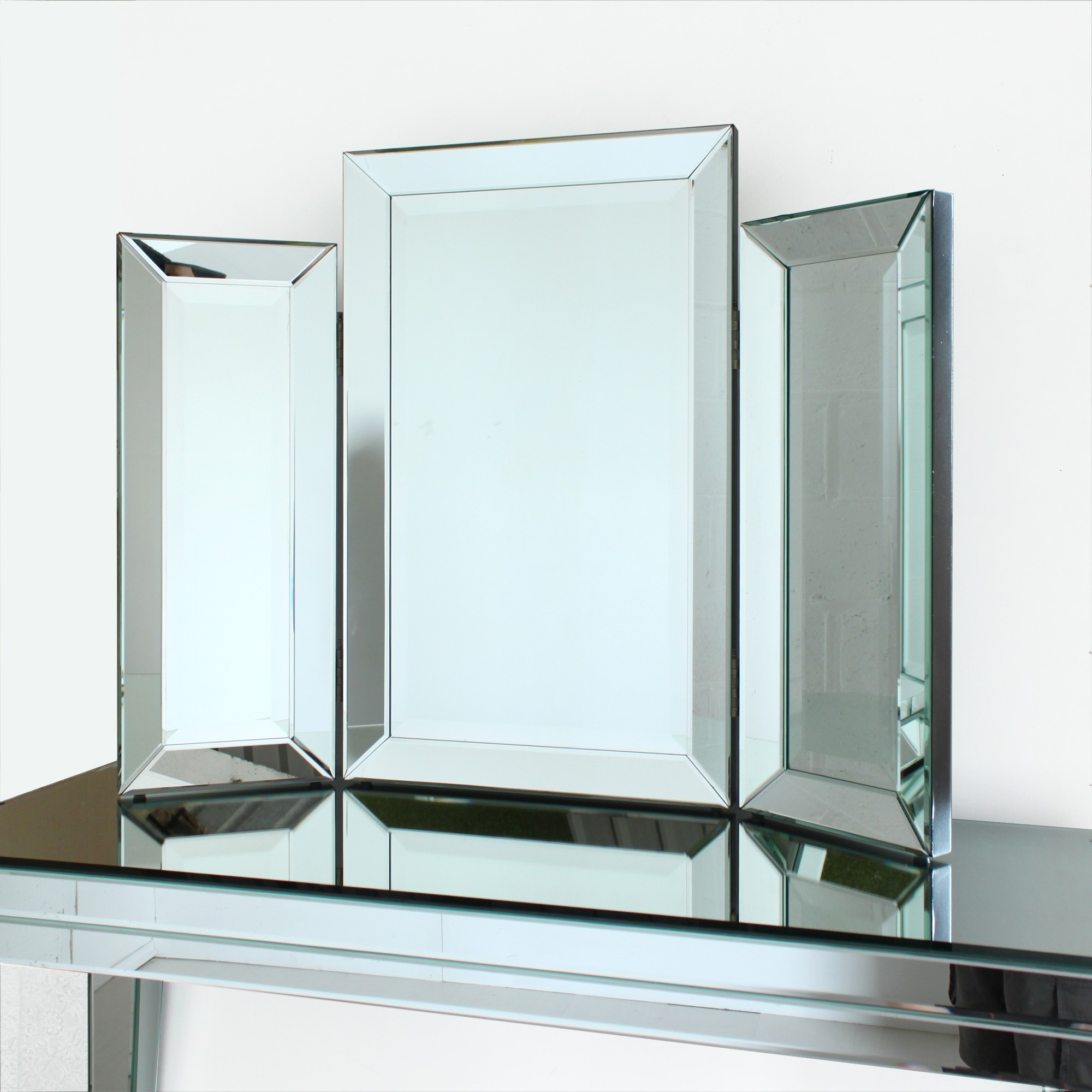 Venetian Three Fold Table Mirror With Venetian Bevelled Mirror (Image 11 of 15)