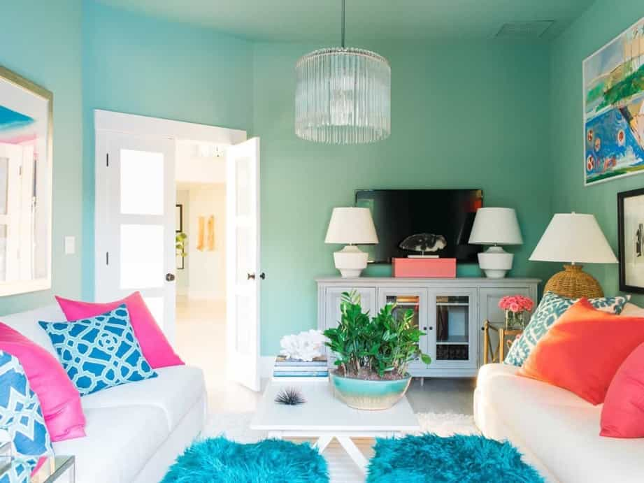 Featured Image of Vibrant And Energetic Look Living Room With Colorful Theme