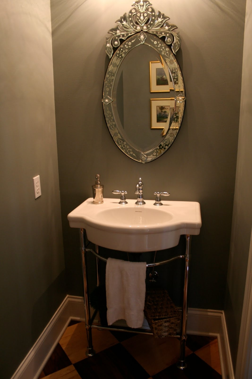 Victorian Style Bathroom Mirrors Within Victorian Style Mirrors For Bathrooms (Image 15 of 15)