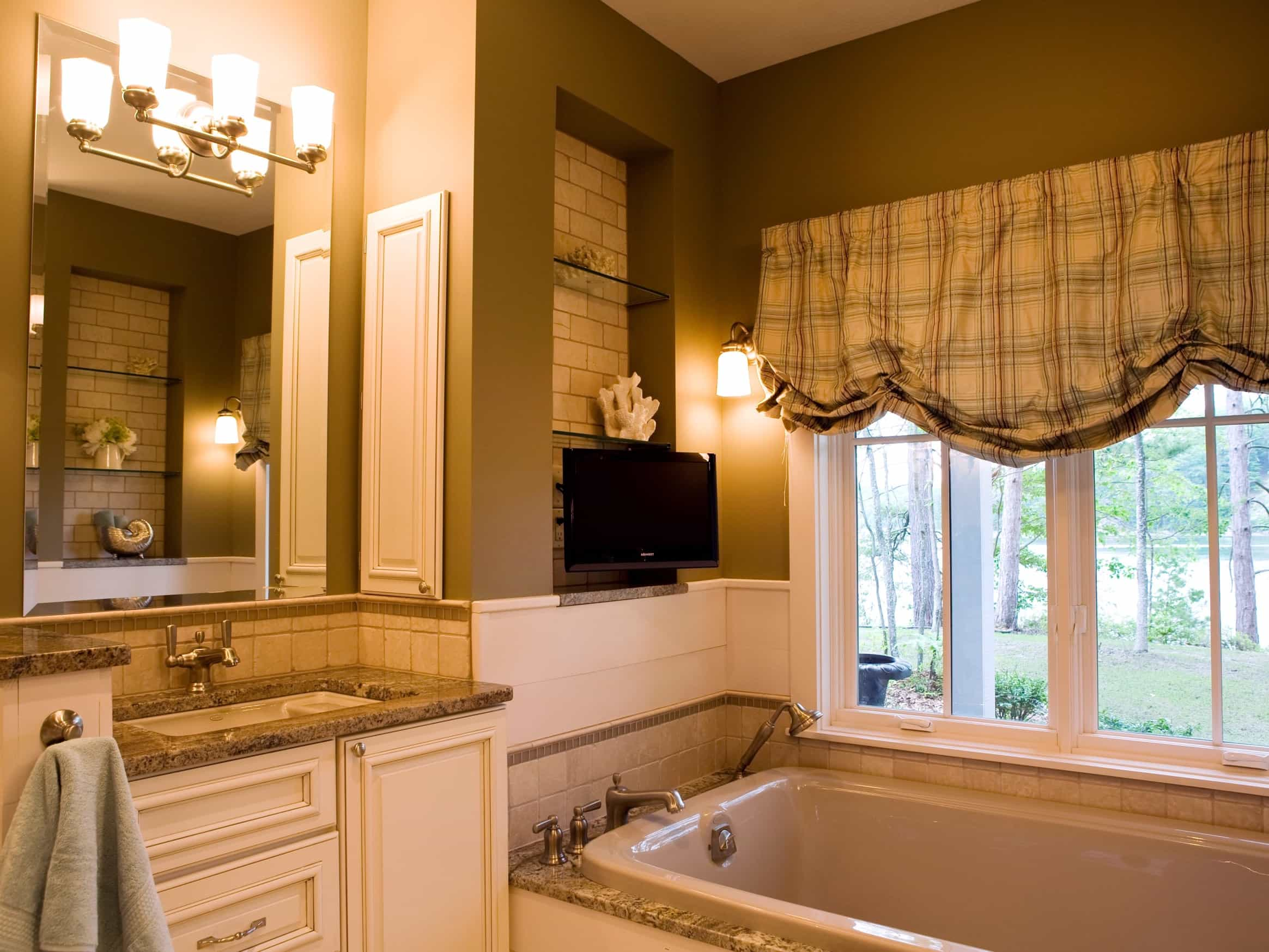 Featured Image of Vintage Bathroom Decor With Wall Mounted Flat Screen TV