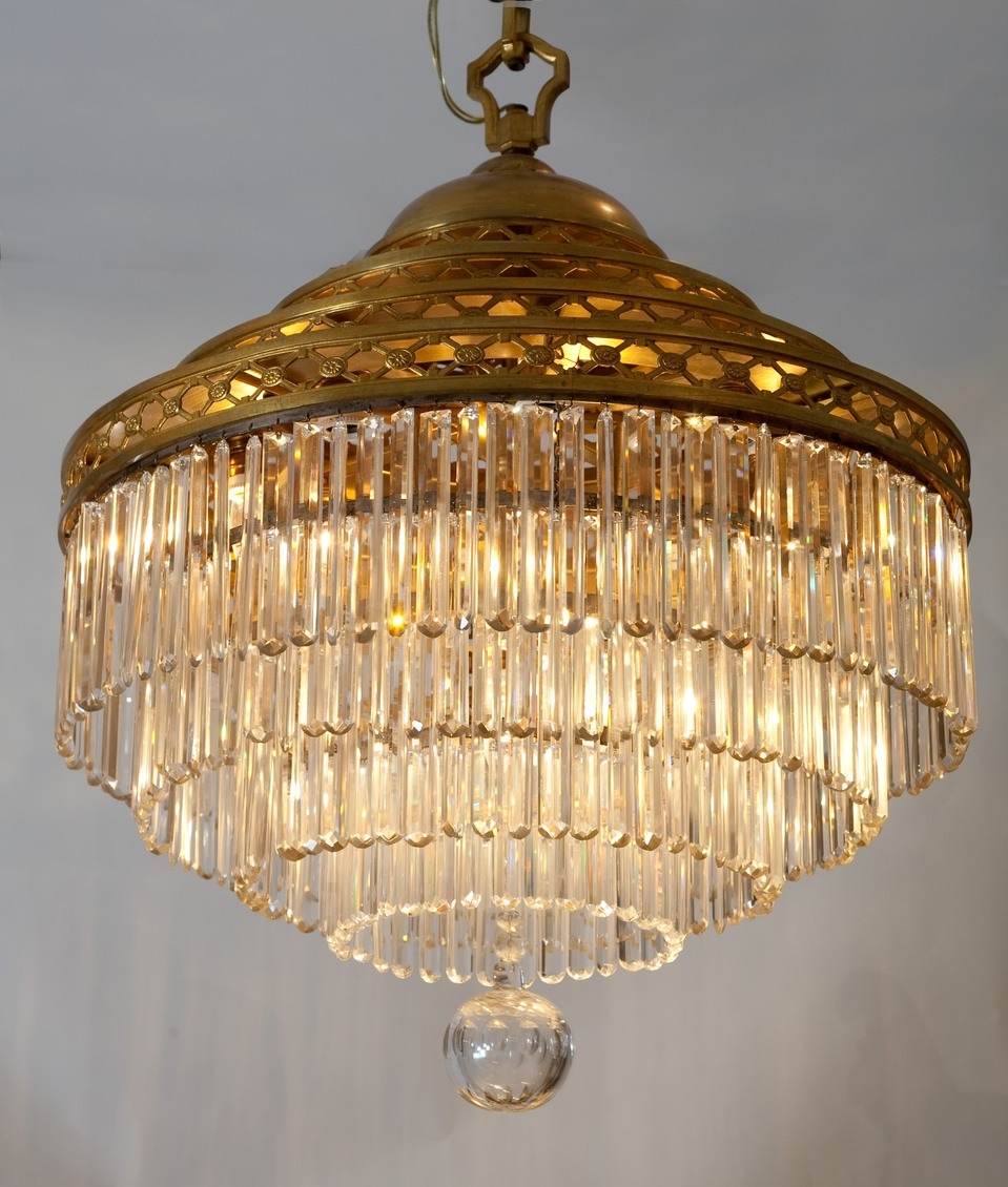 Vintage Chandeliers Crystal Give Classy Look Inspiration Home For Vintage French Chandeliers (Image 15 of 15)