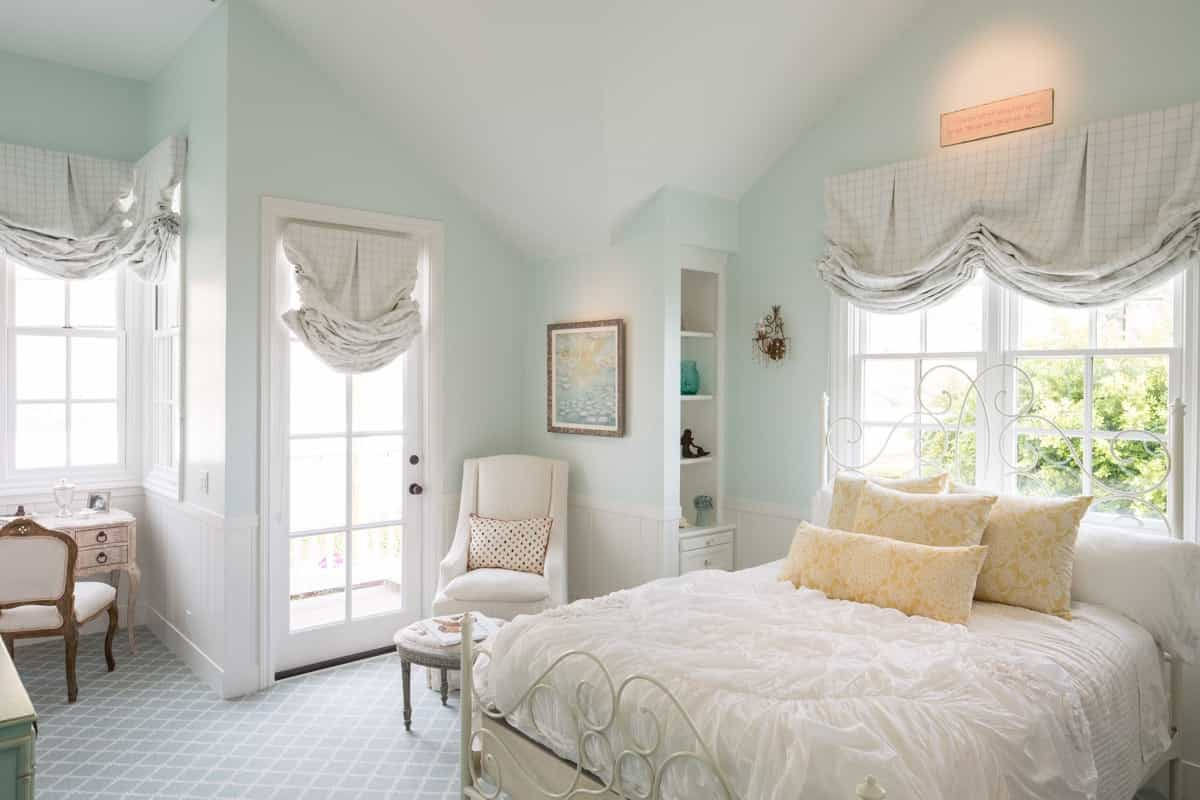 shabby chic bedroom colors how to decorate a shabby chic bedroom 22944 bedroom ideas 17039