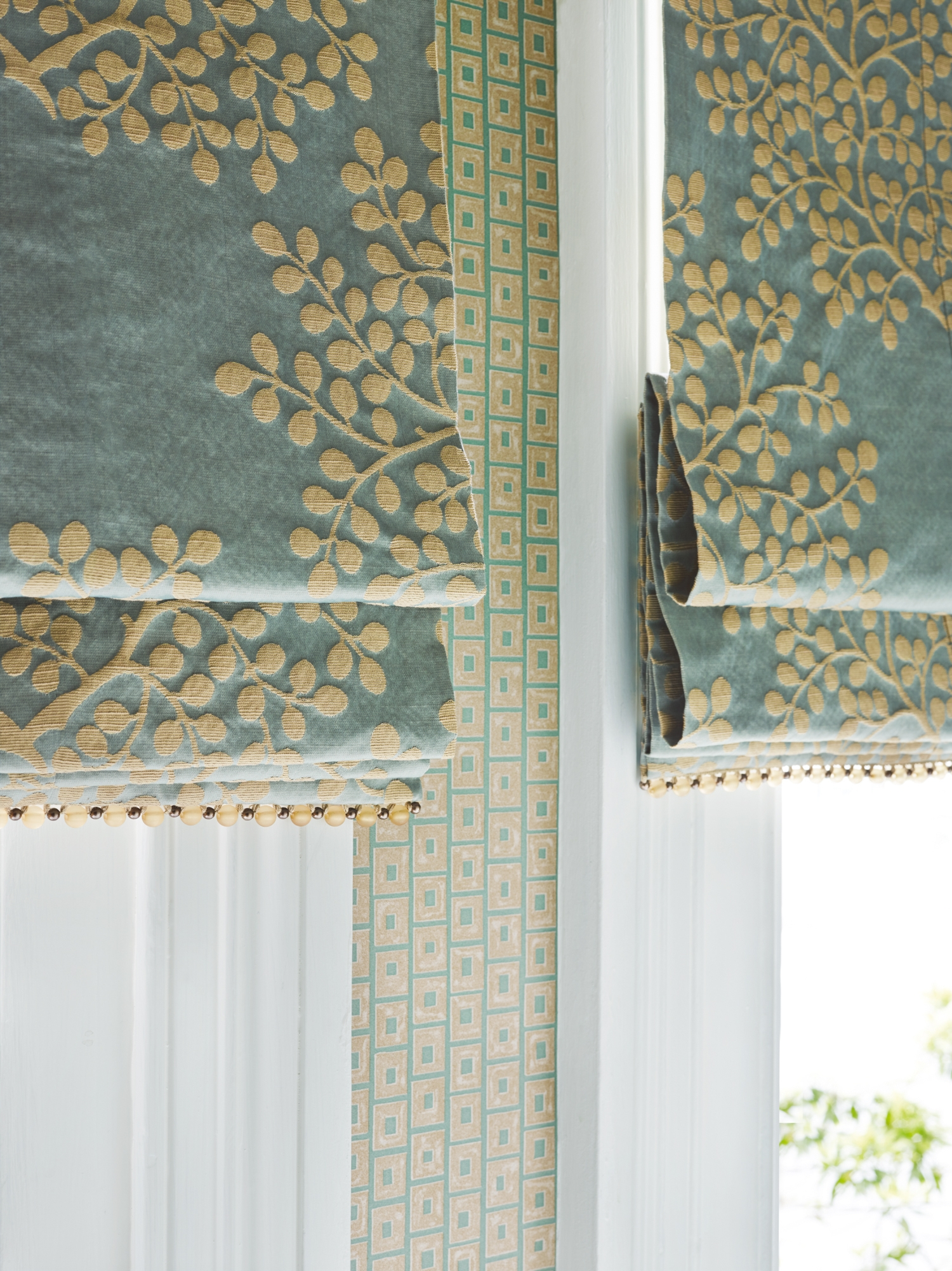 Where There Is No Curtain Drawback Space A Plush Fabric Blind Inside Roman Fabric Blinds (Image 15 of 15)