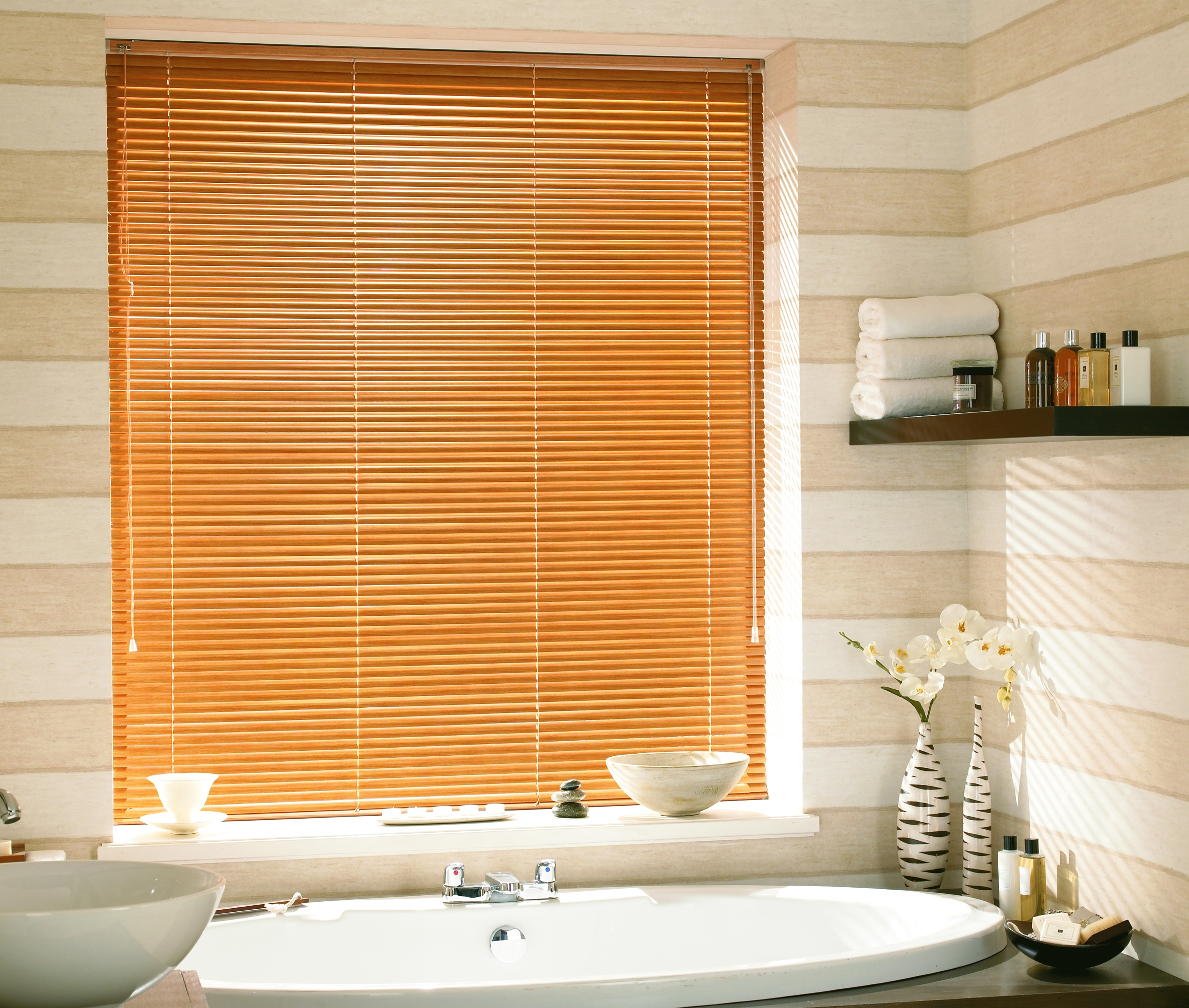 Which Blinds Are Best For Bathrooms Wooden Blinds Direct With Regard To Bathroom Blinds (Image 15 of 15)