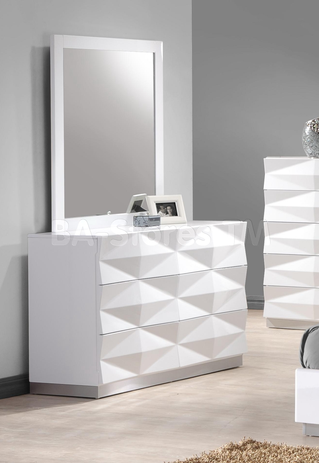 White Contemporary Dresser Throughout Contemporary White Mirror (Image 13 of 15)