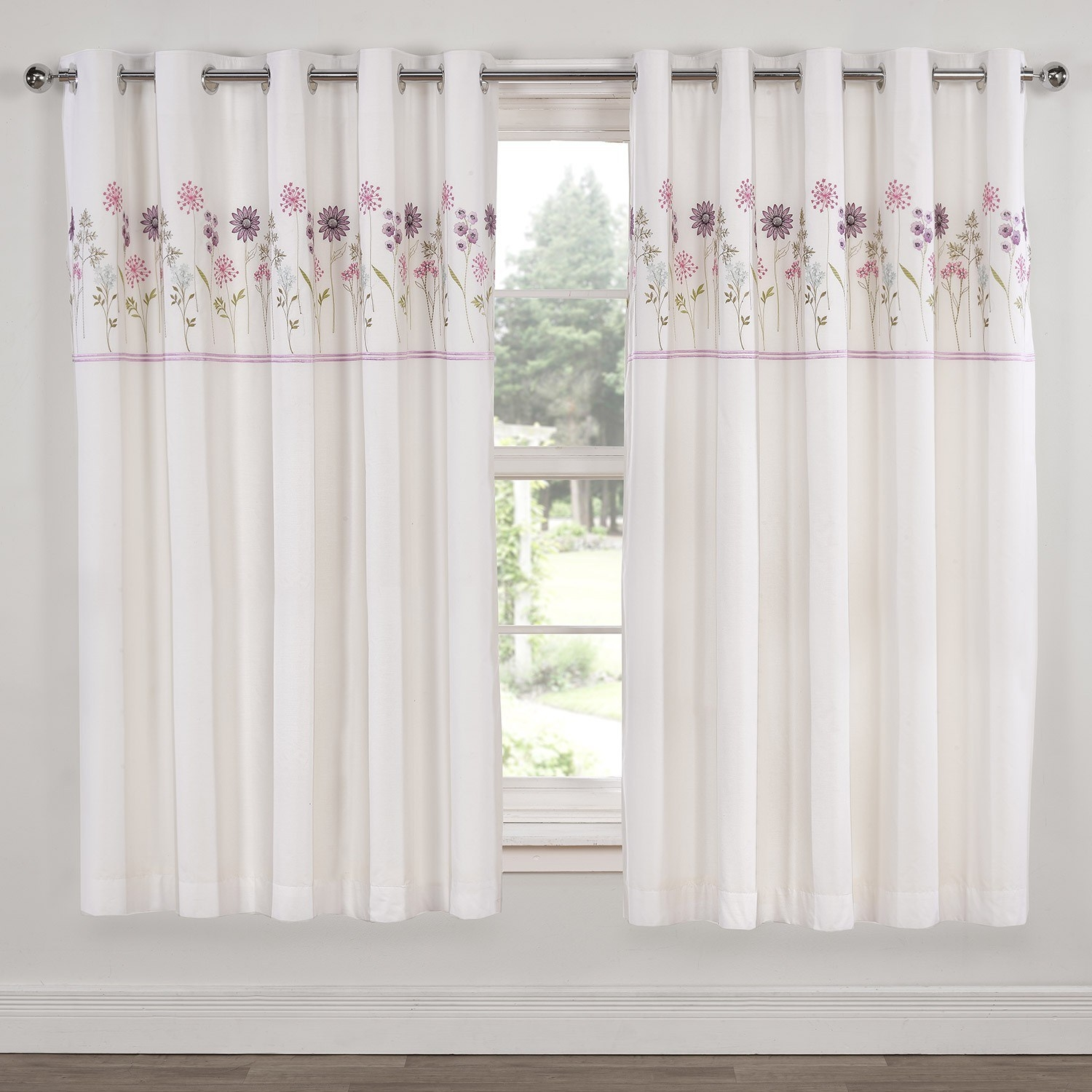 White Luxury Curtains Inside Luxury White Curtains (Image 15 of 15)