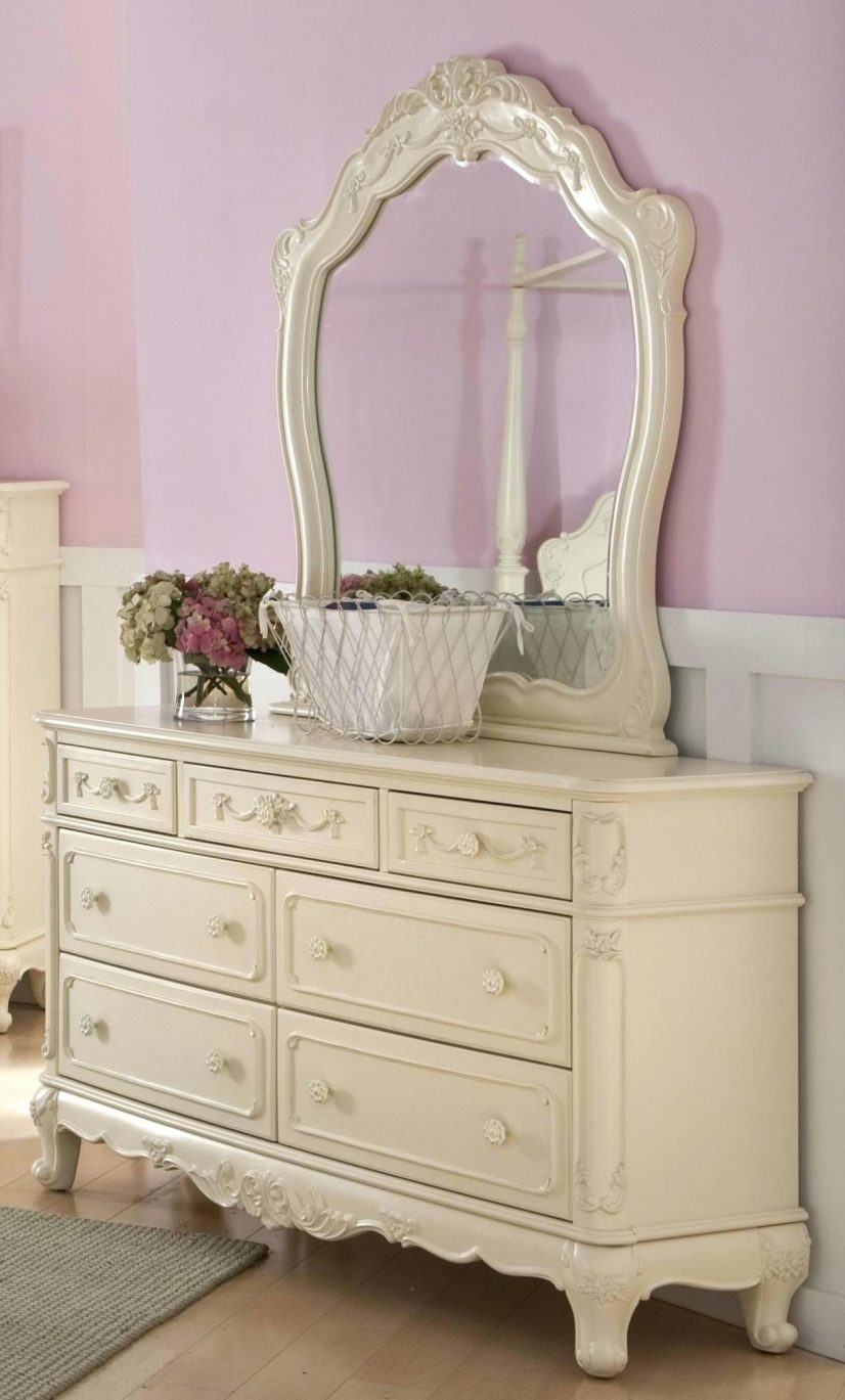 White Mirrored Dresser Cheap Dressers With Mirrors For Sale Full Inside Vintage Mirrors Cheap (Image 15 of 15)