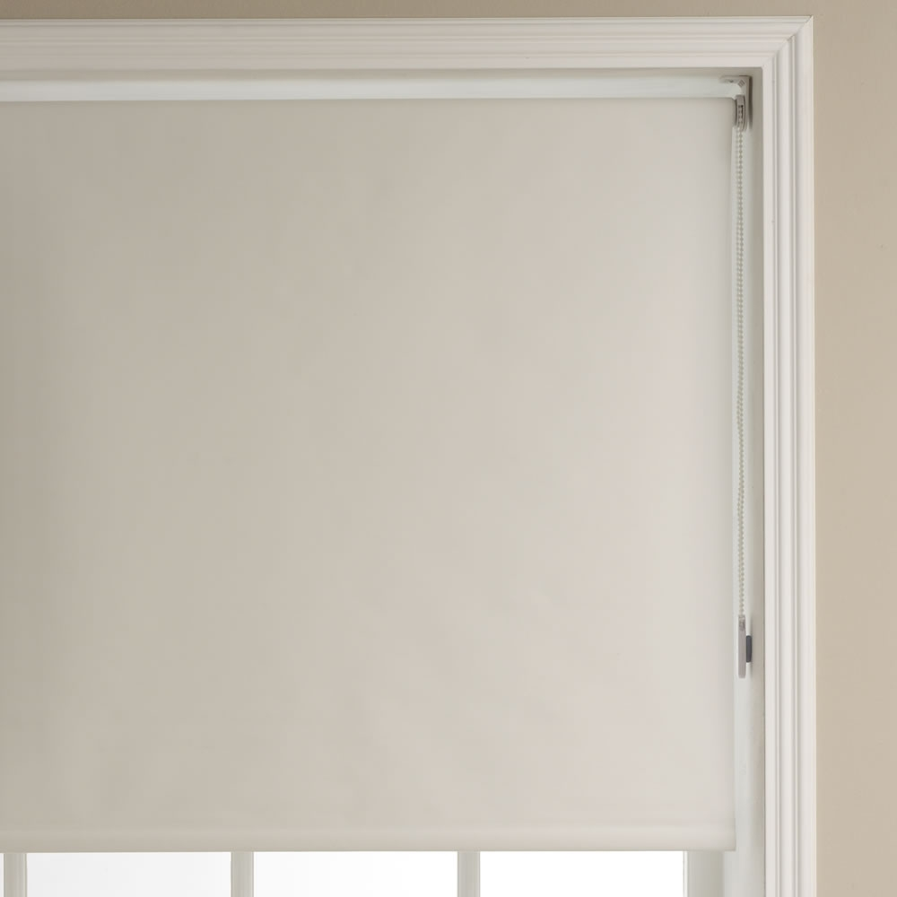 Wilko Blackout Roller Blind Black 60cm Wide X 160cm Drop At Wilko Pertaining To Blackout Roman Blind (Image 15 of 15)