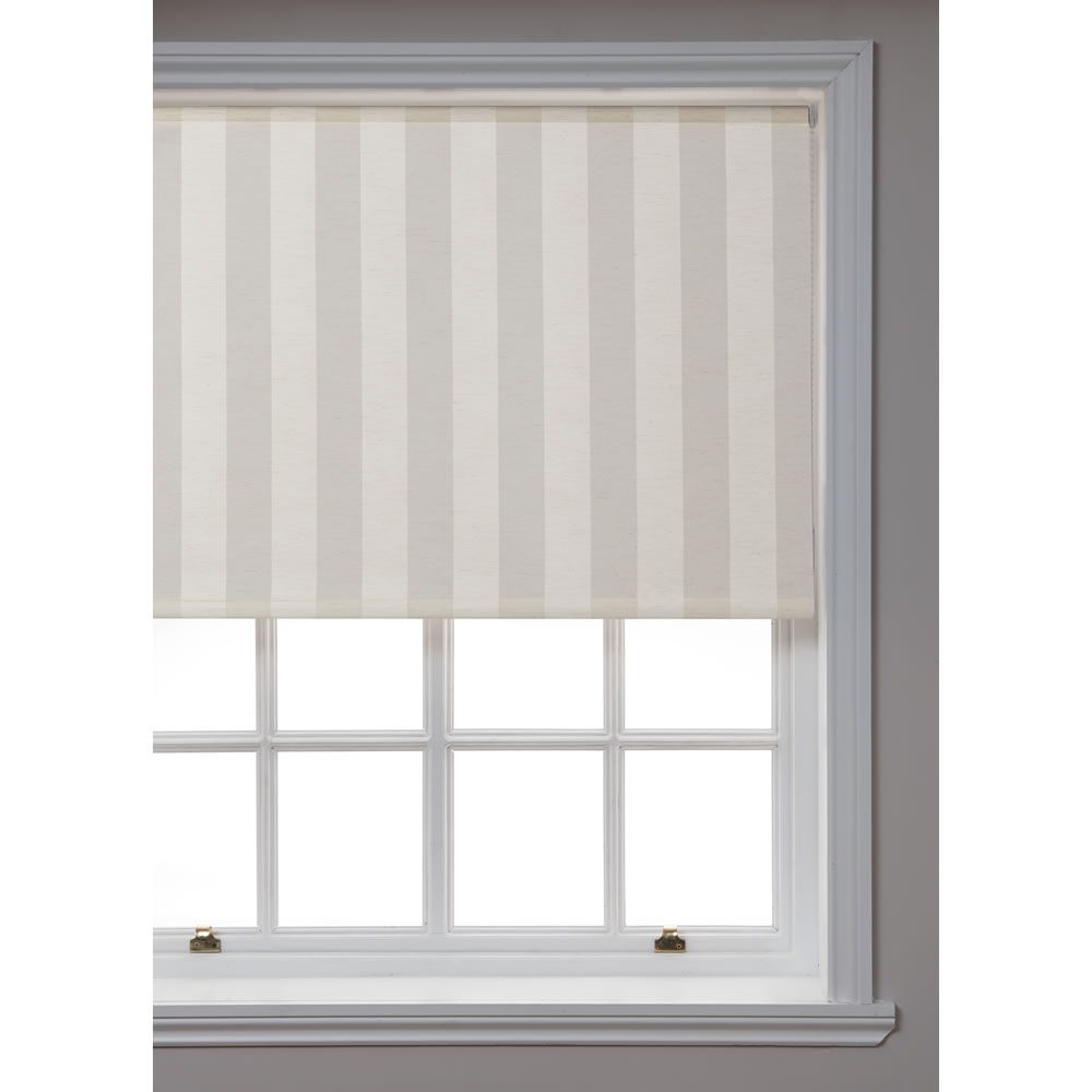 Wilko Linen Roller Blind Cream 120cm Wide X 160cm Drop At Wilko With Linen Roller Blind (Image 13 of 15)