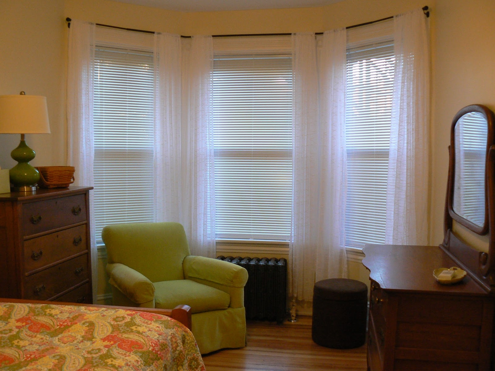 Window Treatment For Bay Windows Decor Windows Curtains Pertaining To Bay Windows Curtains (Image 14 of 15)