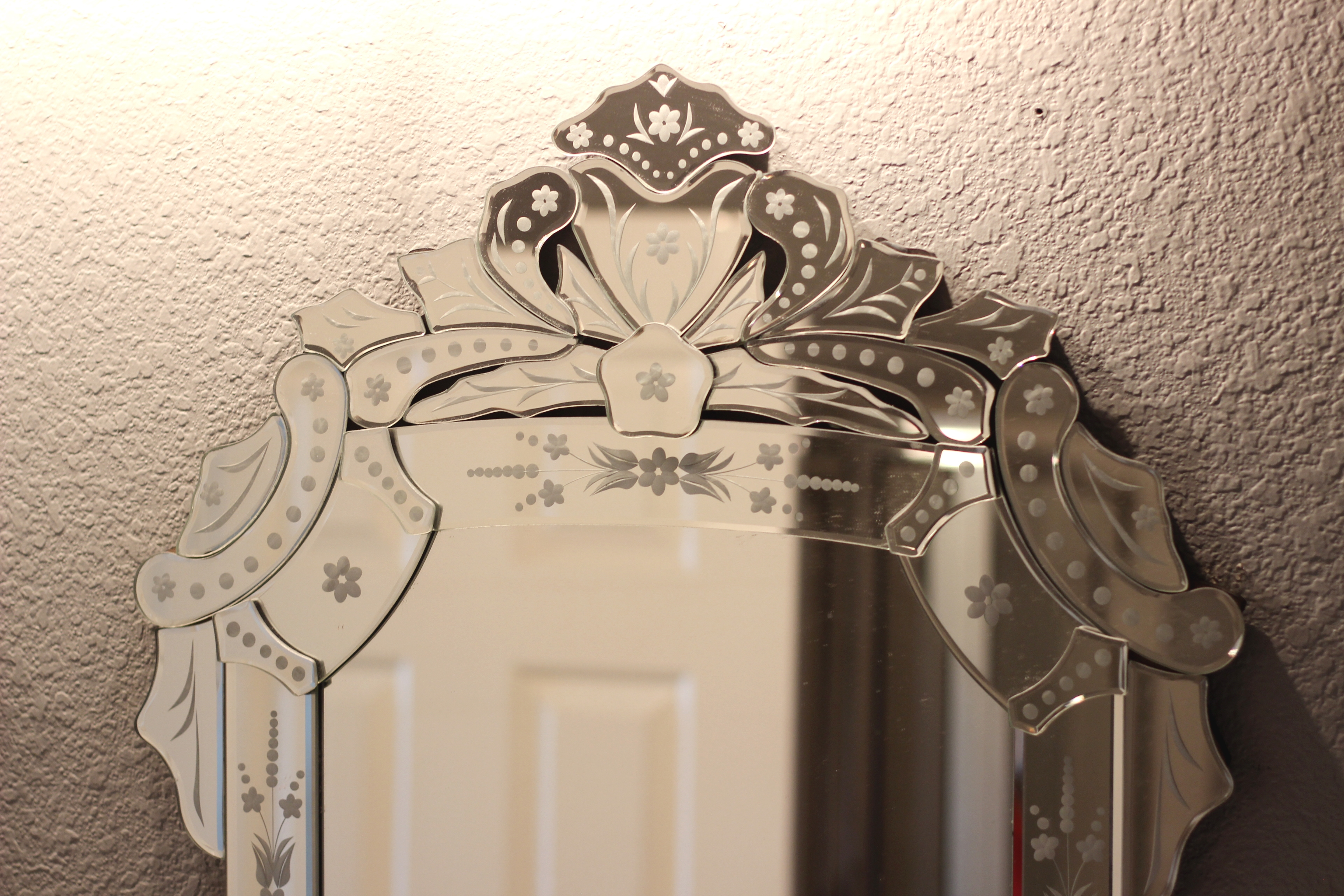 Wisteria Inexpensive Cheap Venetian Mirror Gusto Grace Throughout Cheap Venetian Mirror (Image 15 of 15)