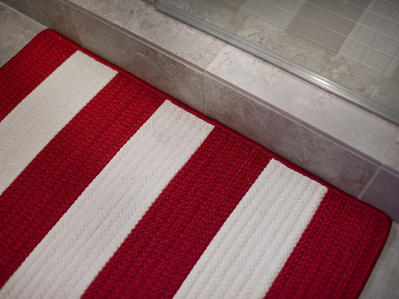 18 Surprising Things You Can Clean In Your Washing Machine For Striped Mats (View 4 of 15)