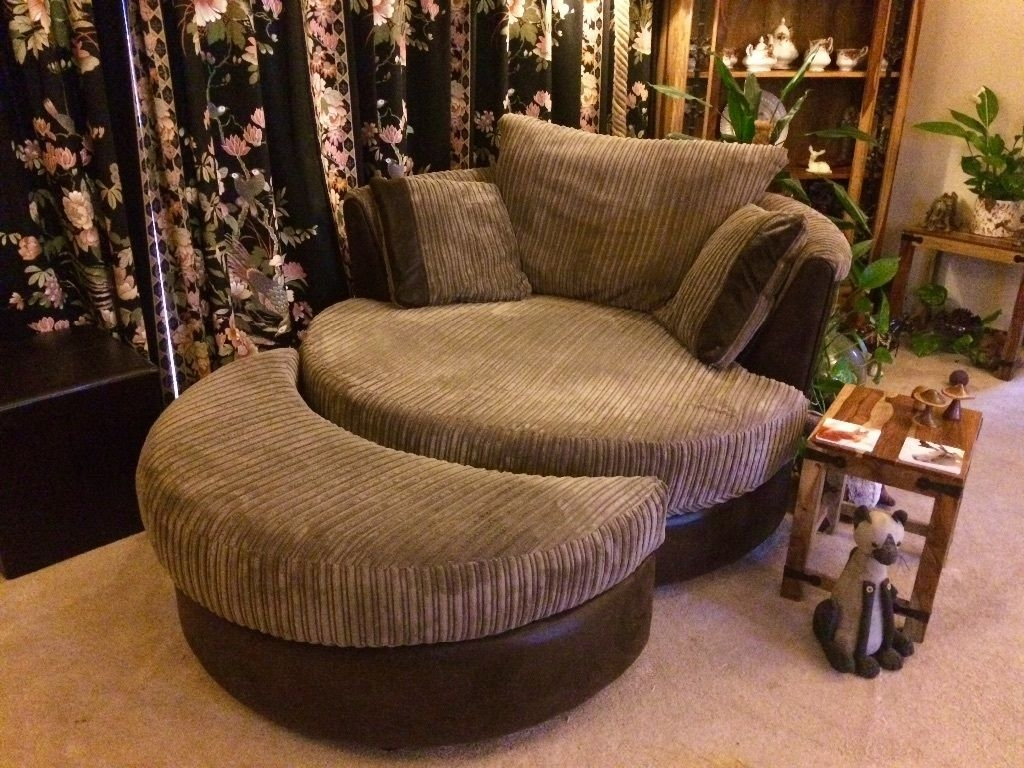 Featured Image of 3 Seater Sofa And Cuddle Chairs
