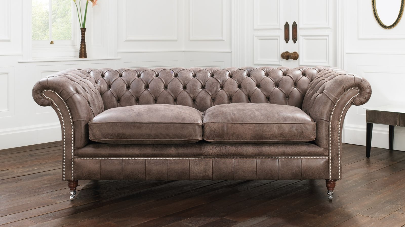 56 Chesterfield Sofas Chesterfield Sofas Sofas Beds Sofa Beds Pertaining To Leather Chesterfield Sofas (Image 4 of 15)