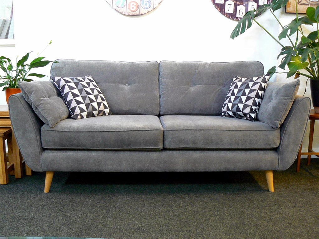 92 Best Beautiful Bargain Sofas For Sale Super Settees Cheap With Retro Sofas For Sale (Image 1 of 15)