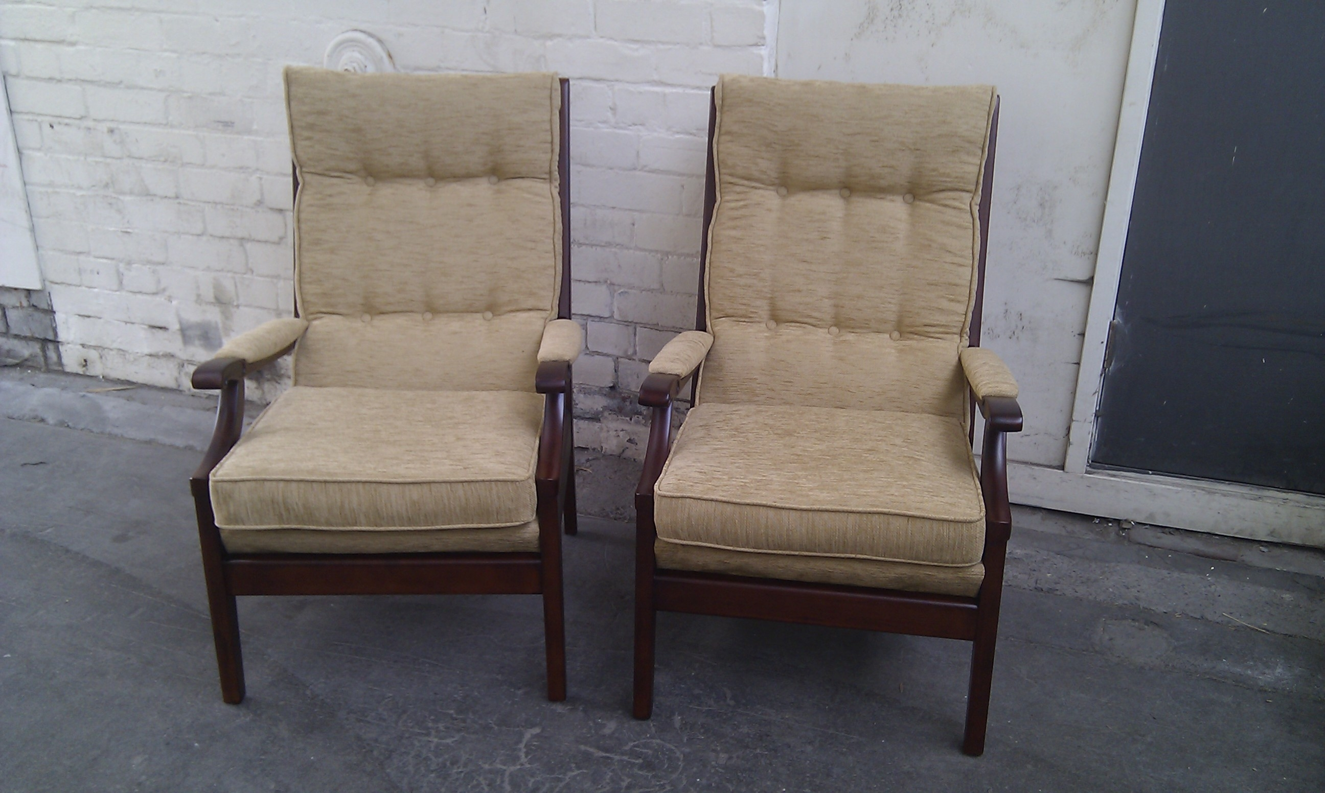 Amazing Elite Cintique Armchairs In Cintique Abbey Upholstery And French Polishing Leeds (Image 1 of 15)