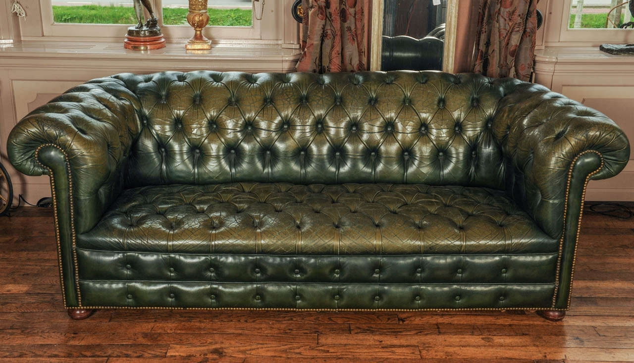Antique Leather Chesterfield Sofas Rs Gold Sofa For Vintage Chesterfield Sofas (Image 2 of 15)