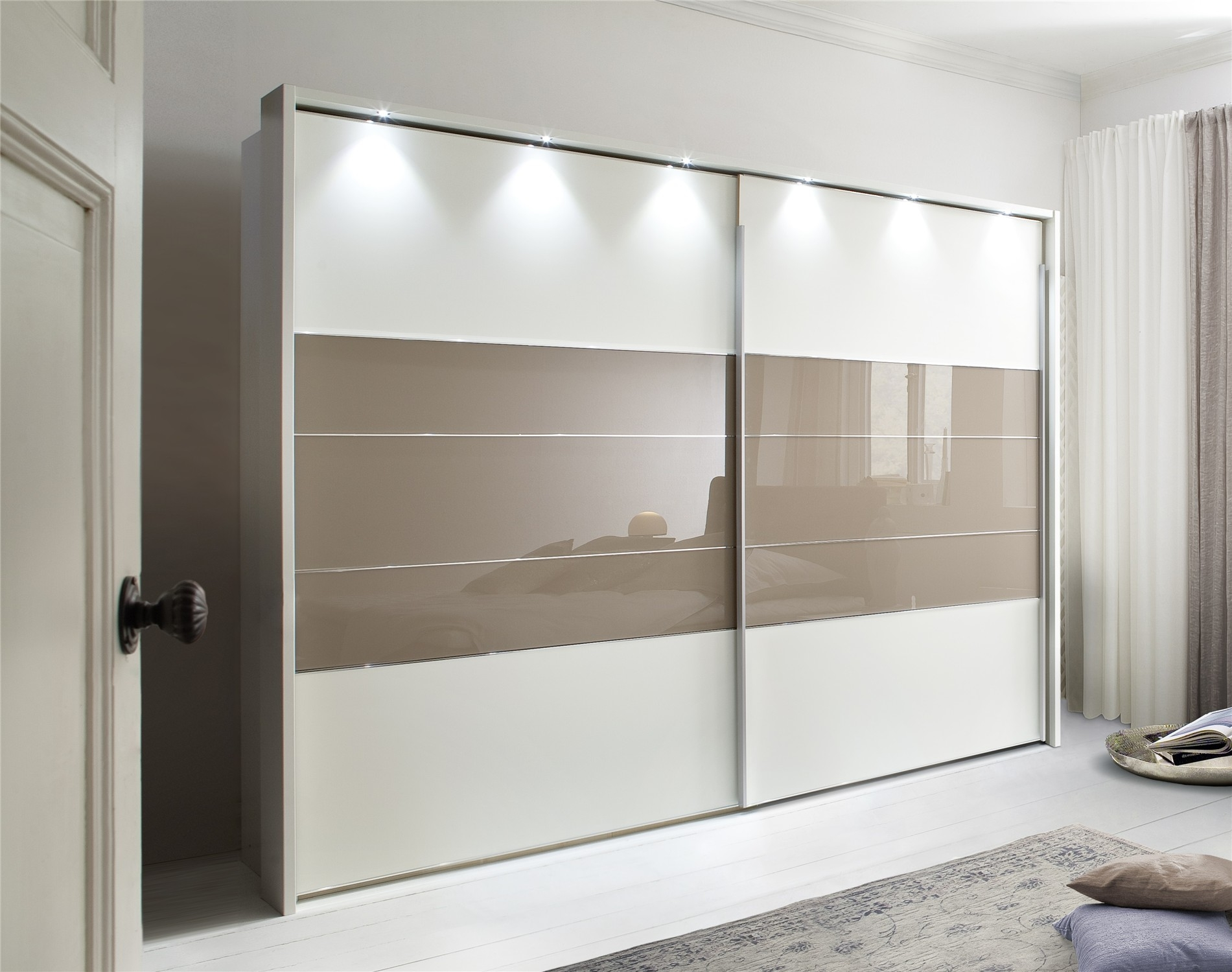 Featured Image of Sliding Door Wardrobes