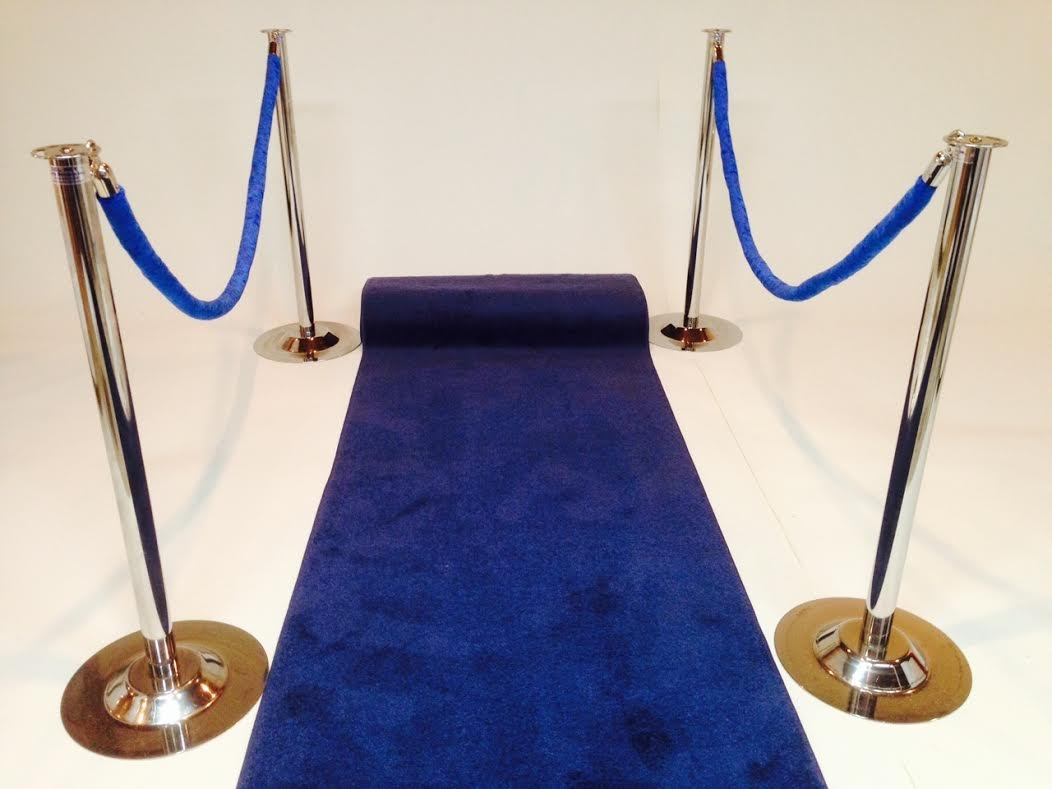 Featured Image of Blue Carpet Runners