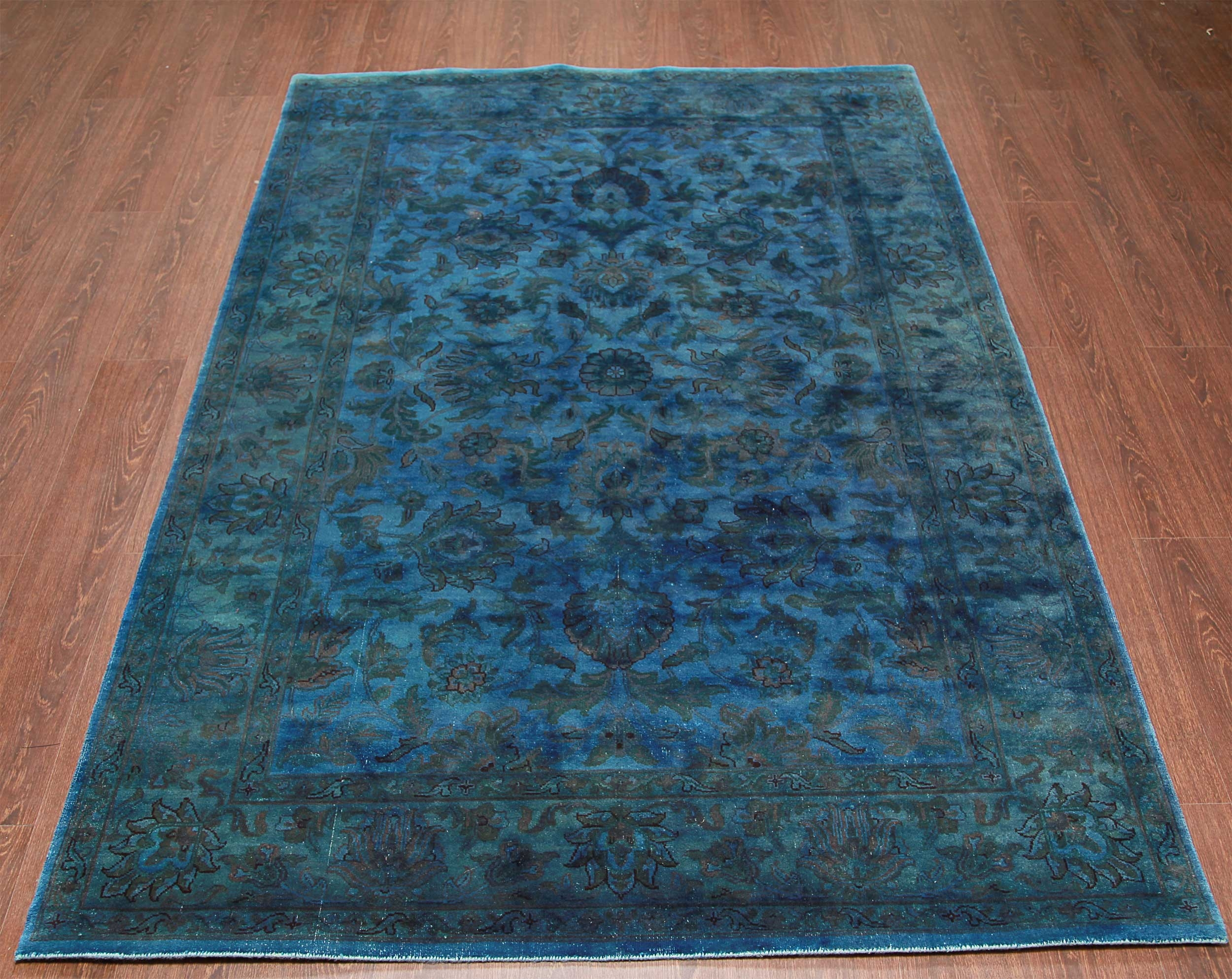 Featured Image of Wool Blue Rugs
