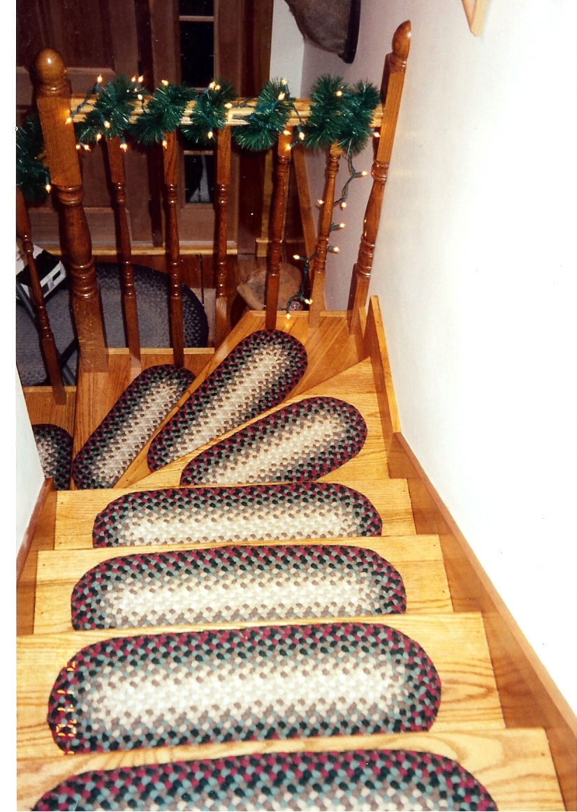 Braided Stair Tread Rugs Roselawnlutheran Inside Staircase Tread Rugs (Image 2 of 15)