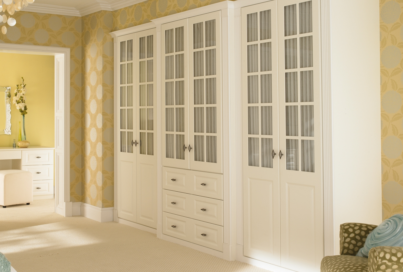Breathtaking Furniture Bedroom Traditional Space Fitted Bedroom Within Solid Wood Fitted Wardrobes (View 2 of 15)