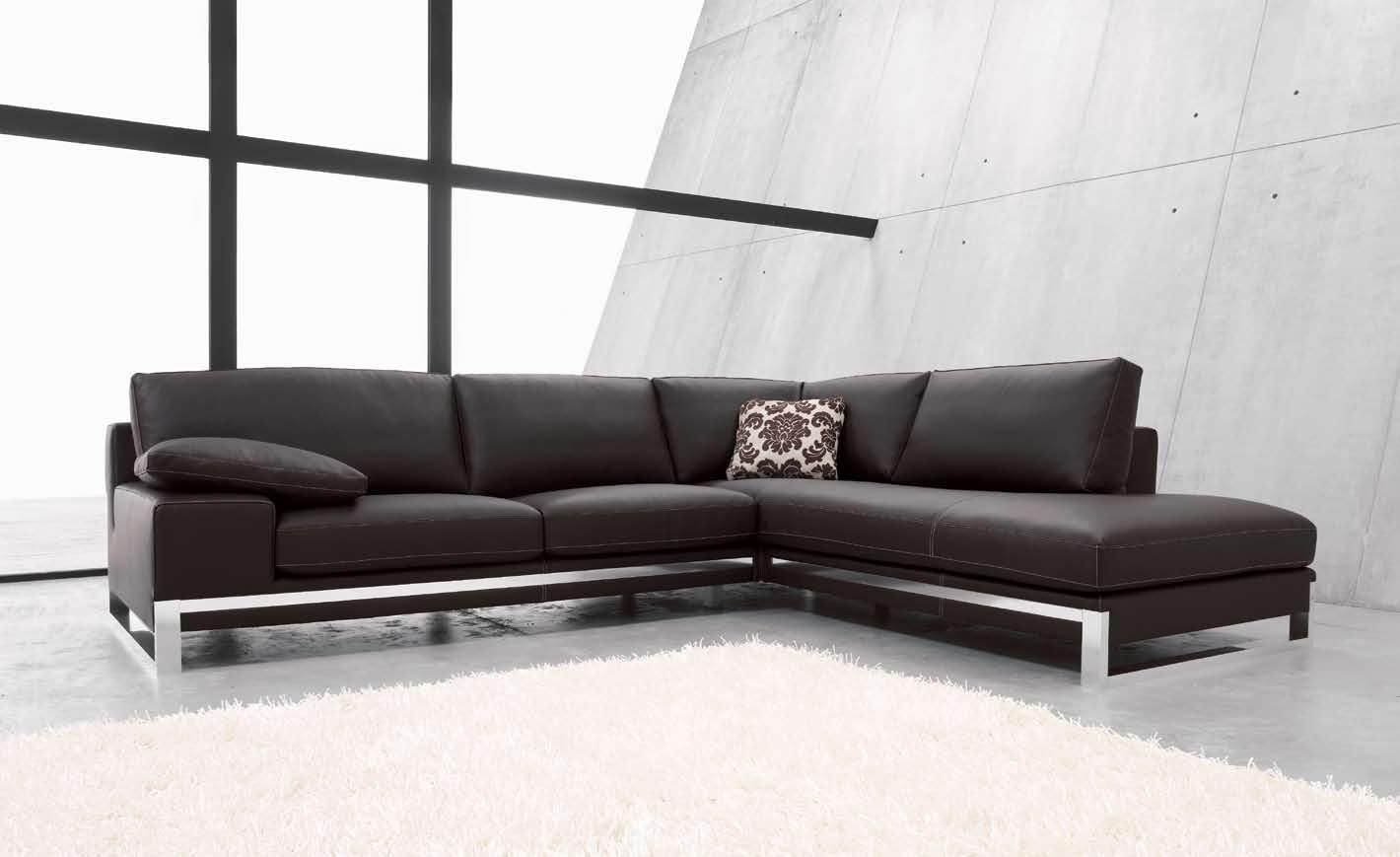 Brilliant Leather Corner Sofa Leather Corner Sofas Groups In A Within Corner Sofa Leather (Image 3 of 15)